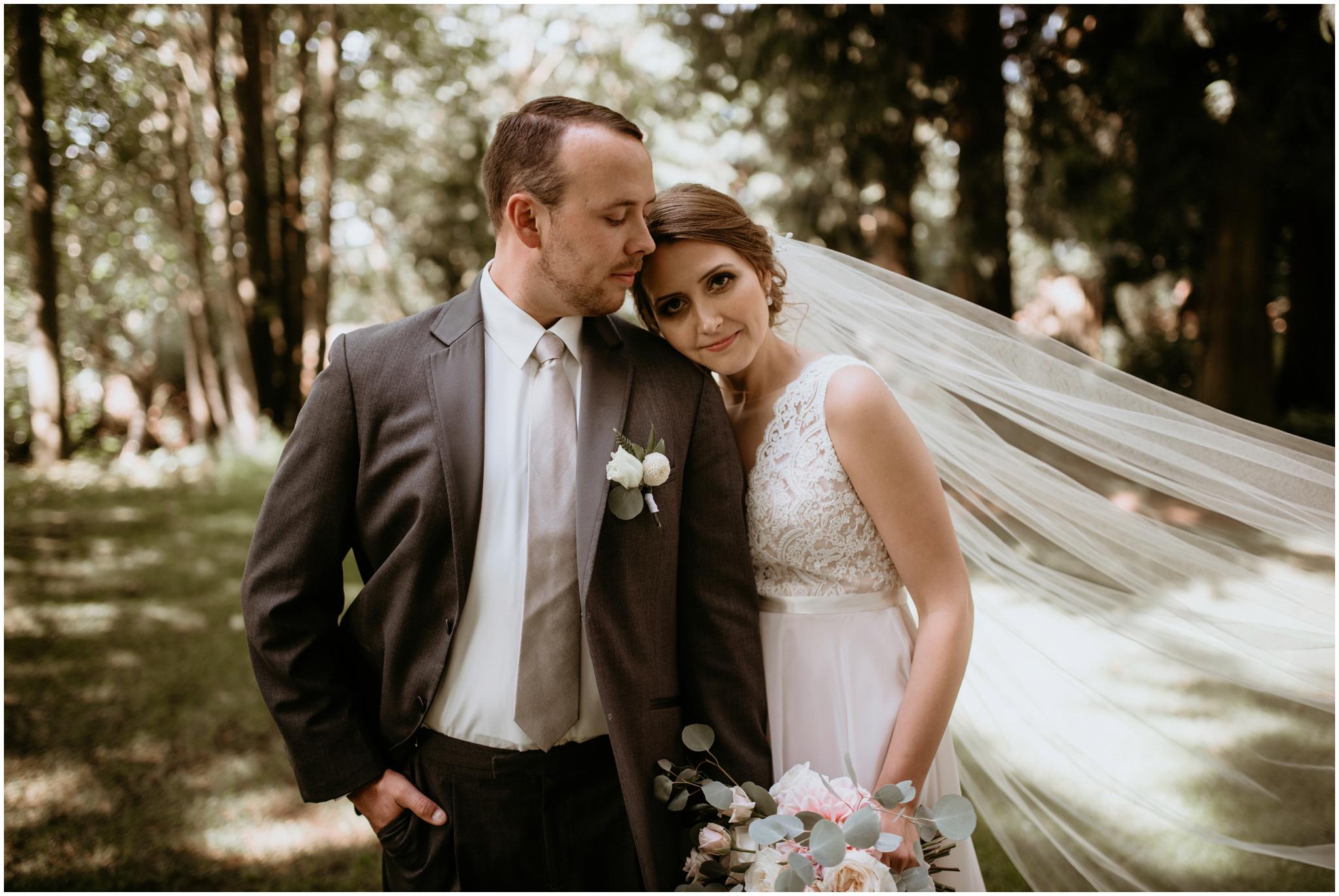 erin-and-tyler-evergreen-gardens-bellingham-wedding-photographer-070.jpg