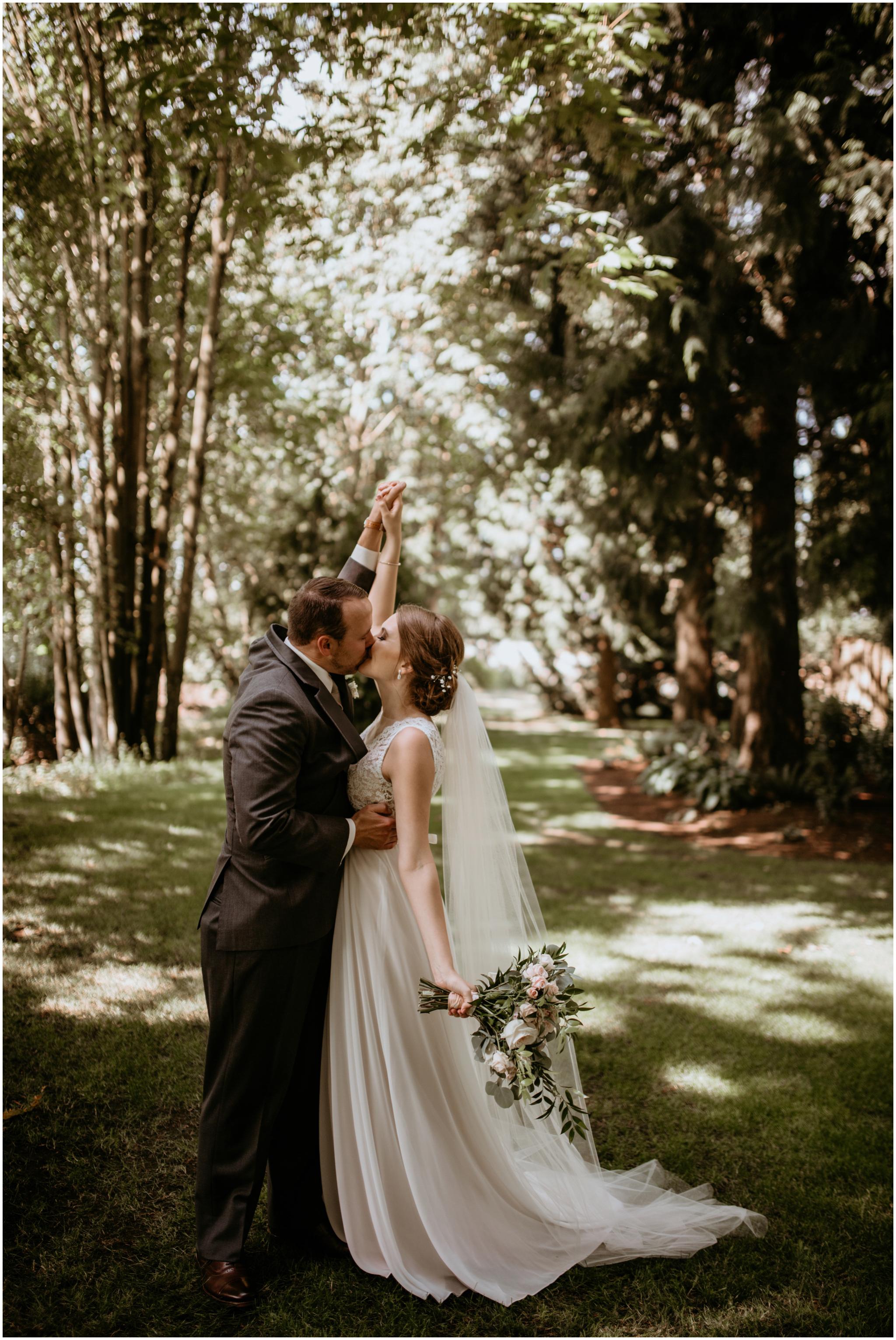 erin-and-tyler-evergreen-gardens-bellingham-wedding-photographer-073.jpg