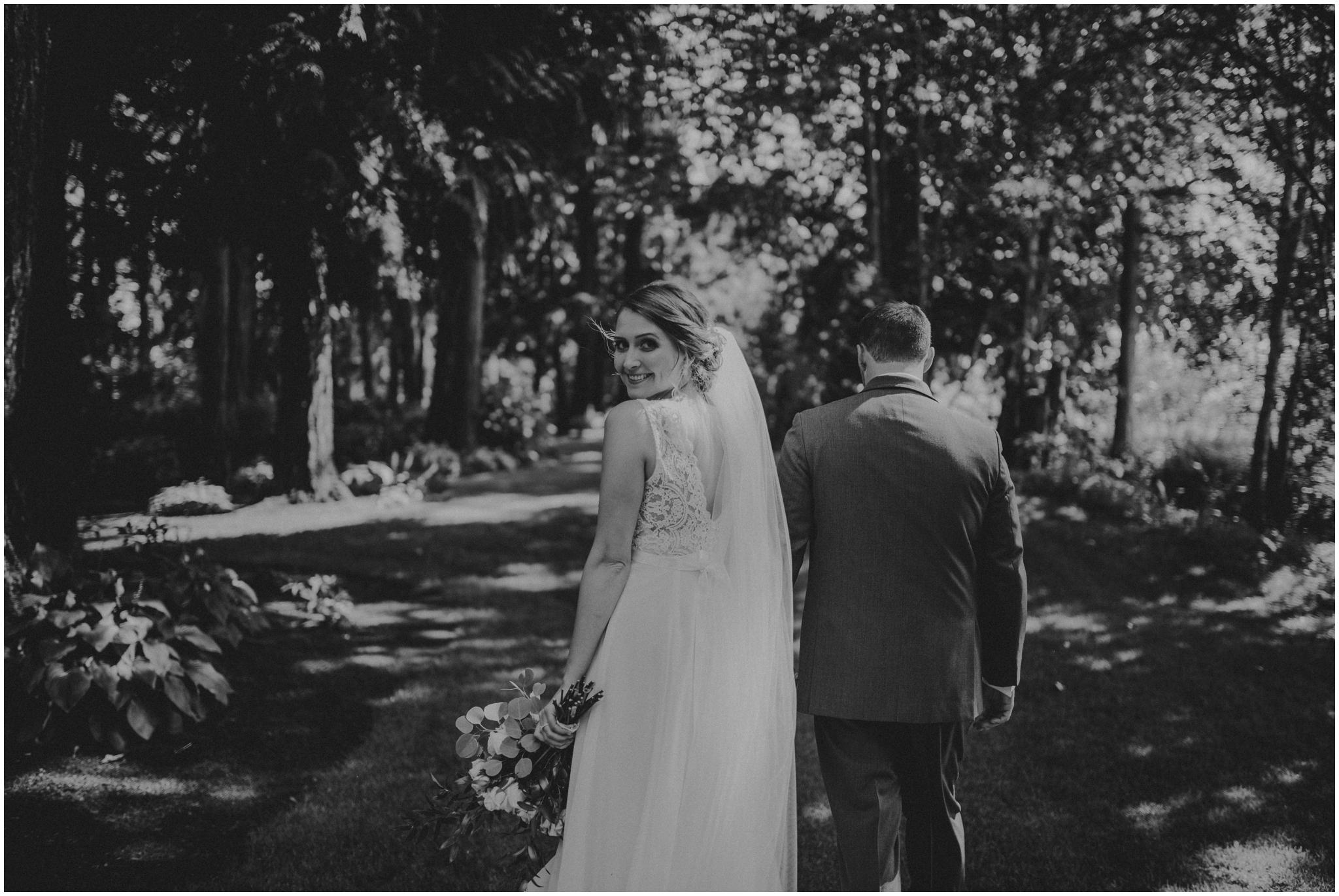erin-and-tyler-evergreen-gardens-bellingham-wedding-photographer-081.jpg