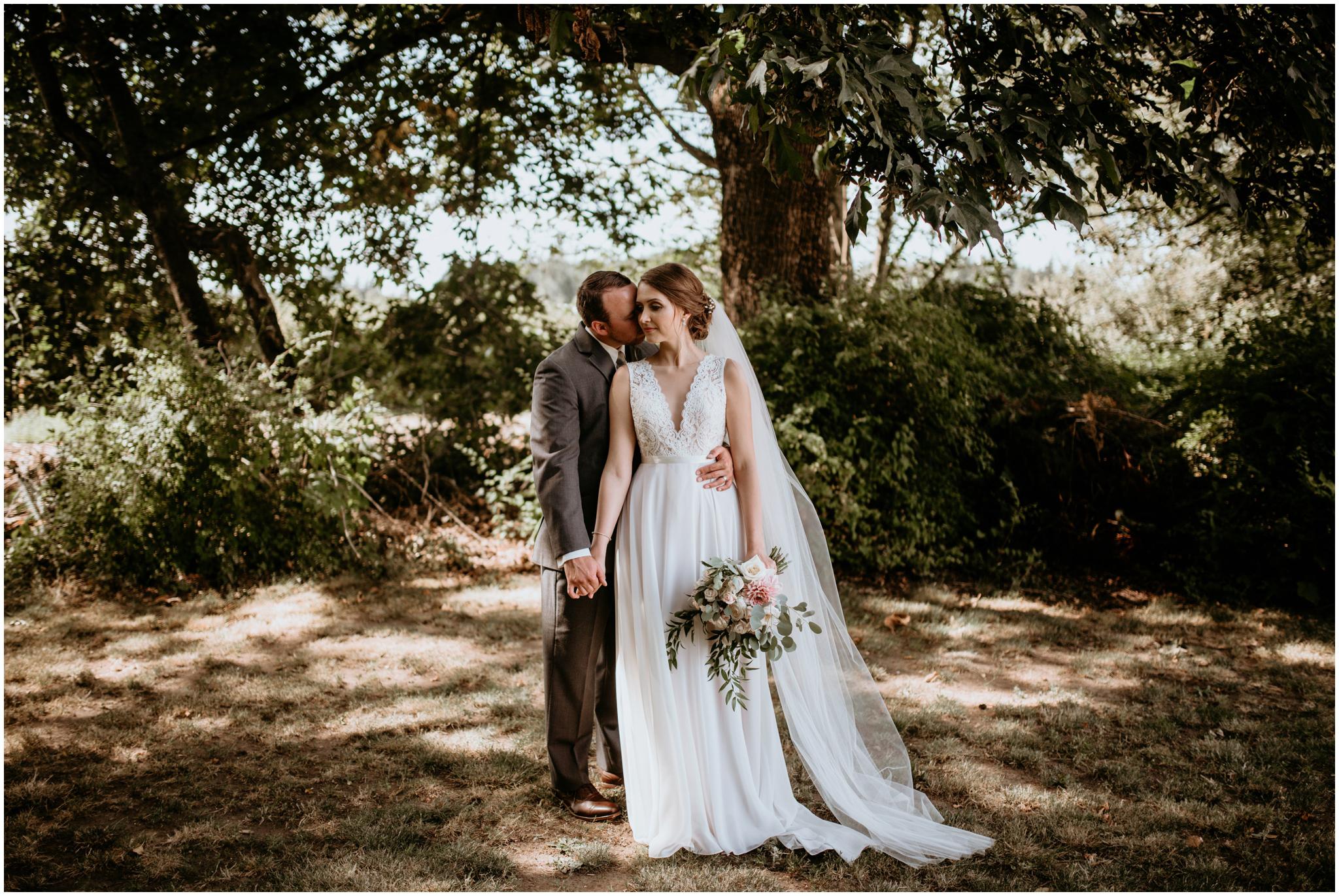 erin-and-tyler-evergreen-gardens-bellingham-wedding-photographer-080.jpg