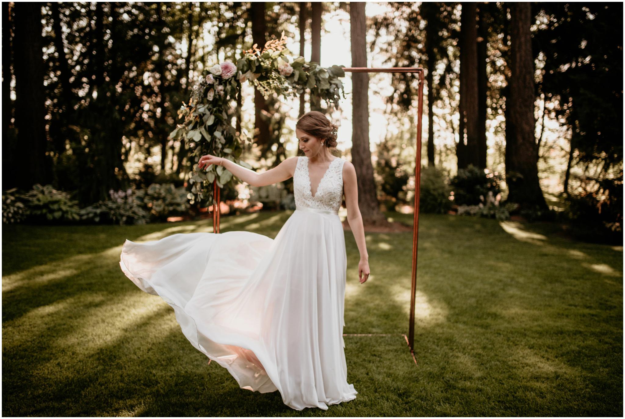 erin-and-tyler-evergreen-gardens-bellingham-wedding-photographer-128.jpg