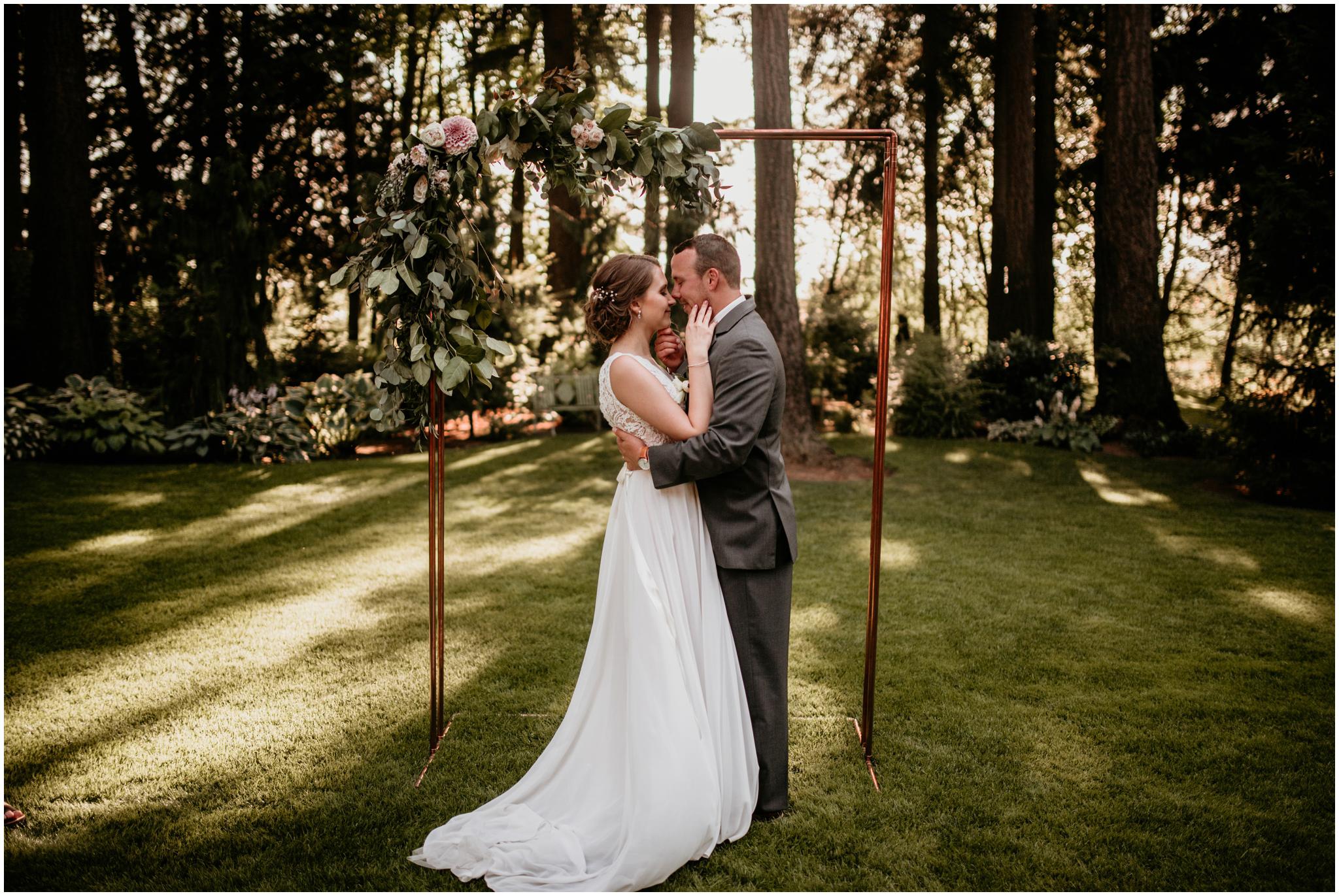erin-and-tyler-evergreen-gardens-bellingham-wedding-photographer-129.jpg