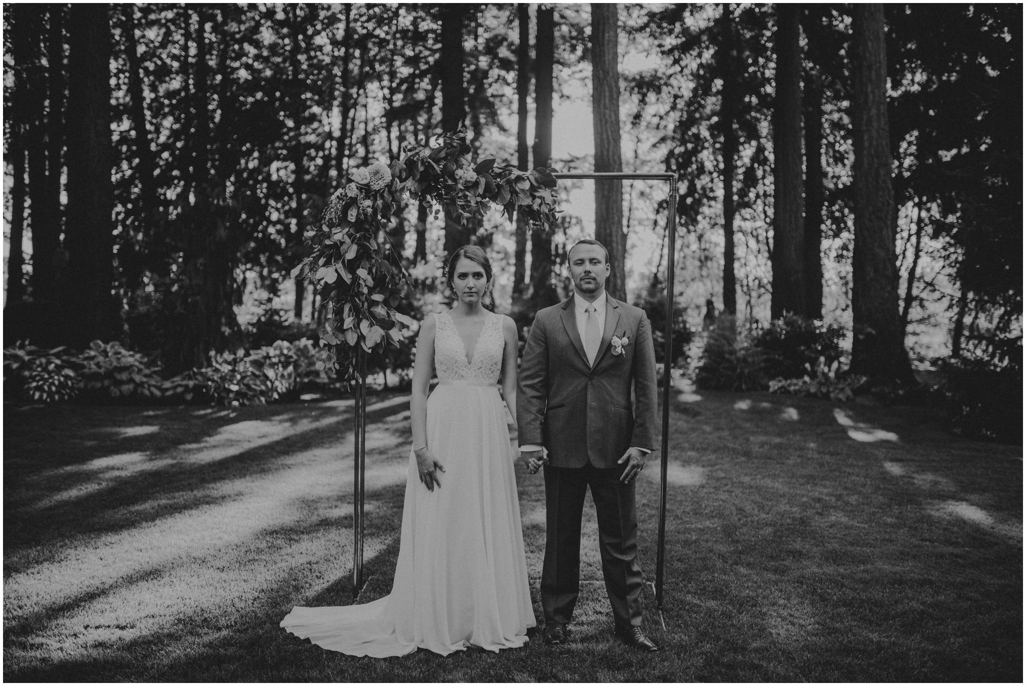erin-and-tyler-evergreen-gardens-bellingham-wedding-photographer-130.jpg