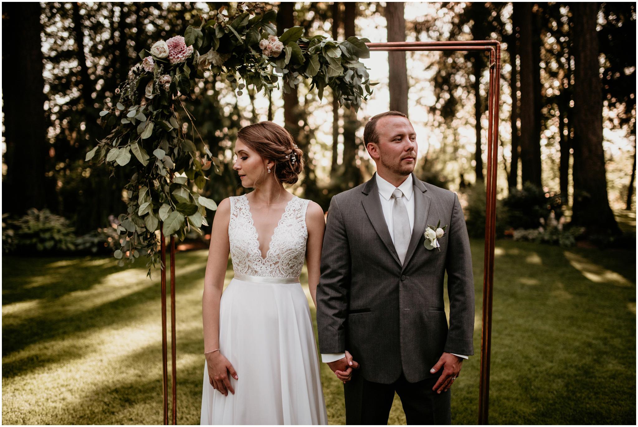 erin-and-tyler-evergreen-gardens-bellingham-wedding-photographer-131.jpg