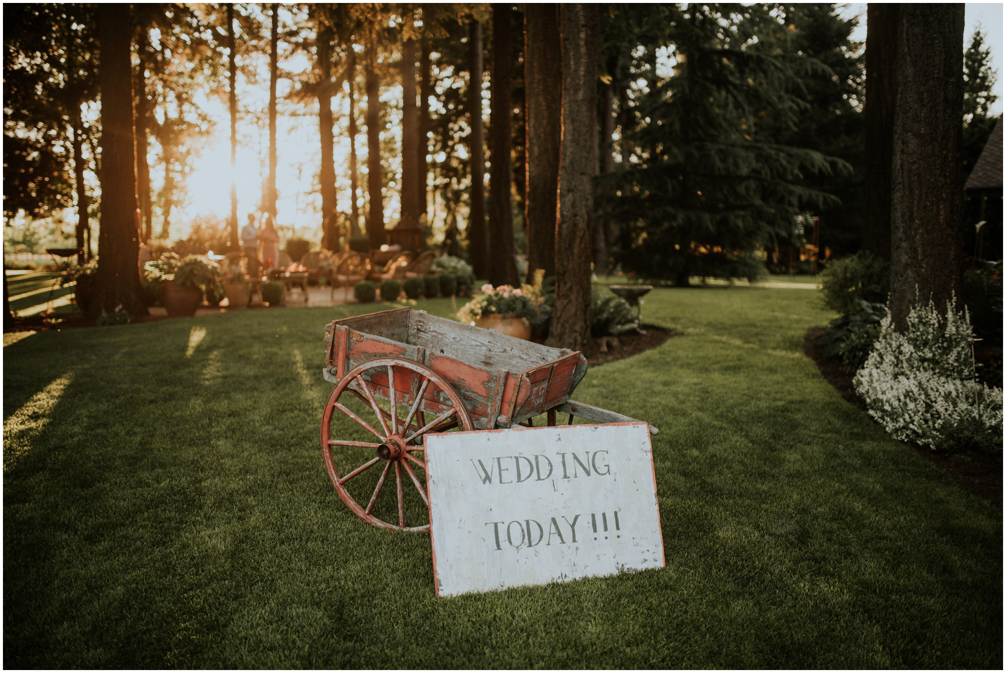 erin-and-tyler-evergreen-gardens-bellingham-wedding-photographer-145.jpg