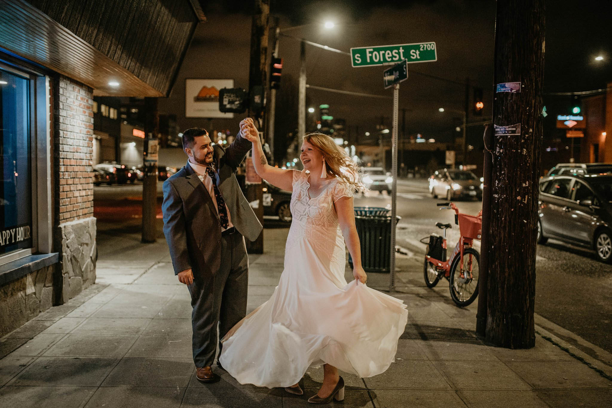 gwen-andrew-within-sodo-downtown-seattle-wedding-photographer-winter-84.jpg
