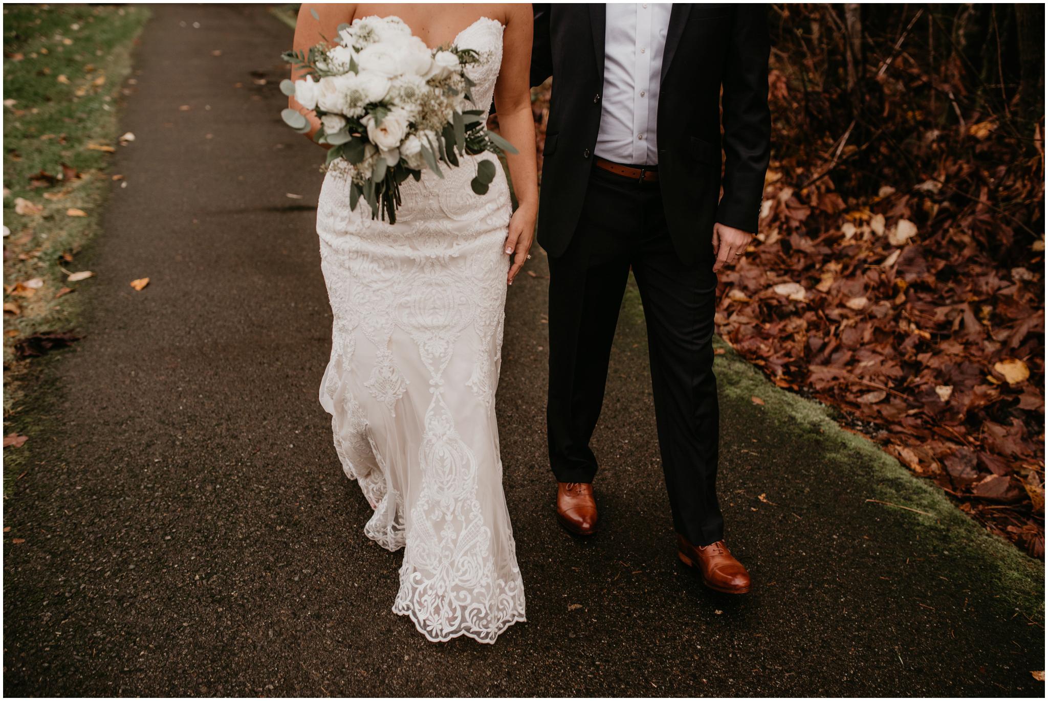 ashley-tj-the-pickering-barn-winter-wedding-seattle-photographer-042.jpg
