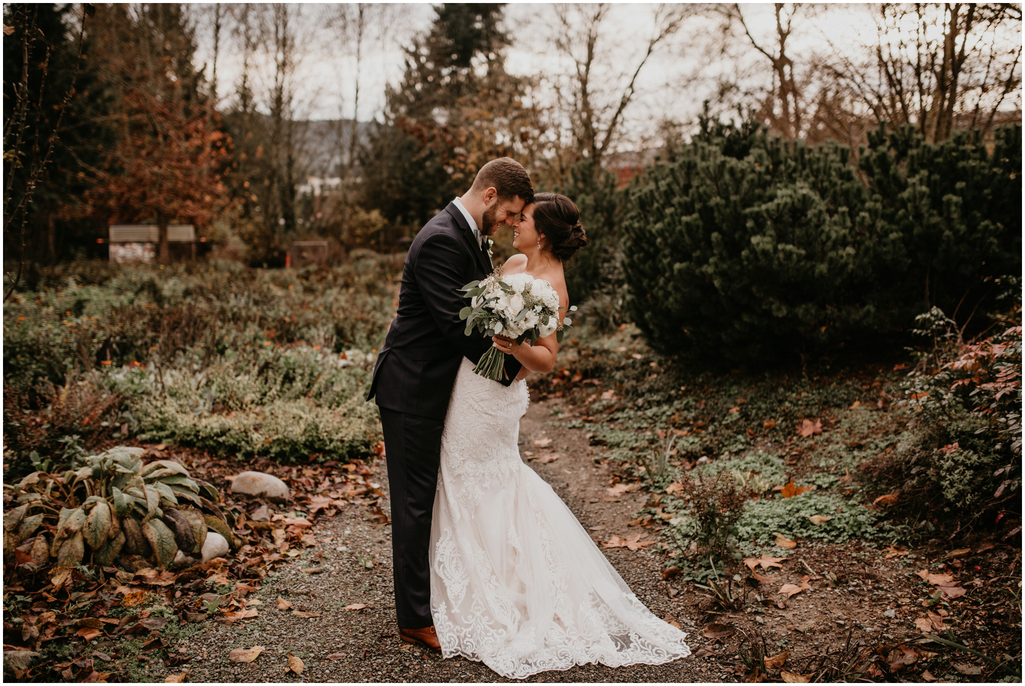 ashley-tj-the-pickering-barn-winter-wedding-seattle-photographer-043.jpg