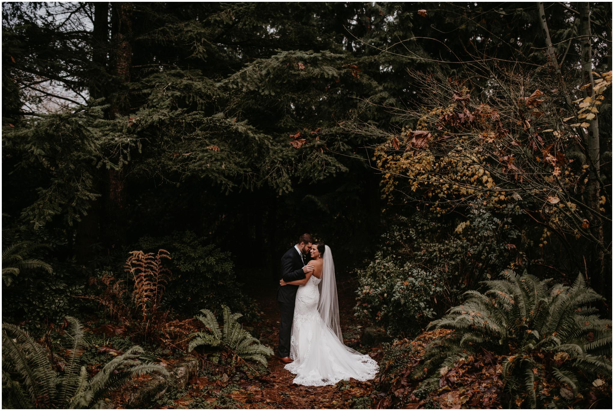 ashley-tj-the-pickering-barn-winter-wedding-seattle-photographer-055.jpg