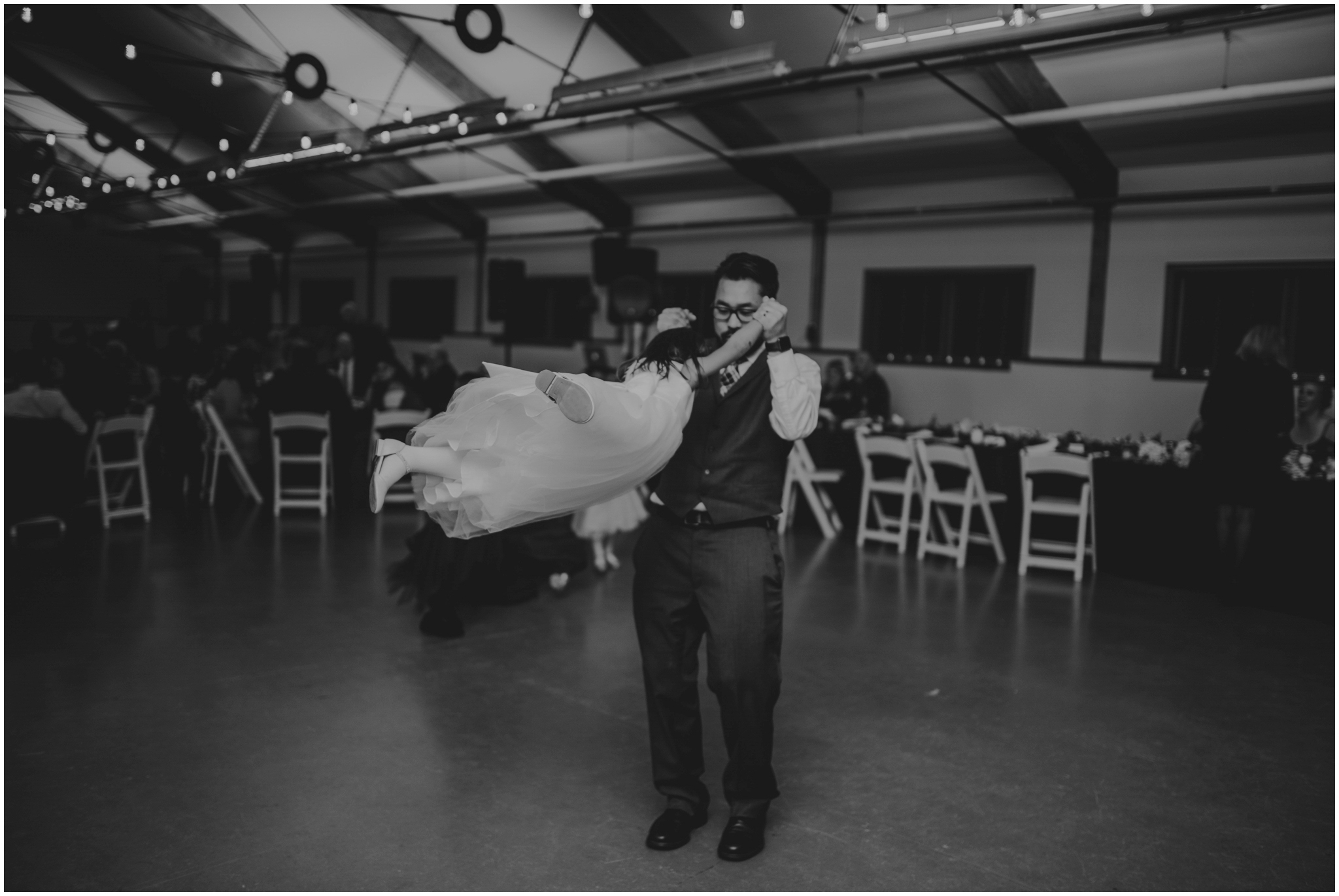 ashley-tj-the-pickering-barn-winter-wedding-seattle-photographer-077.jpg