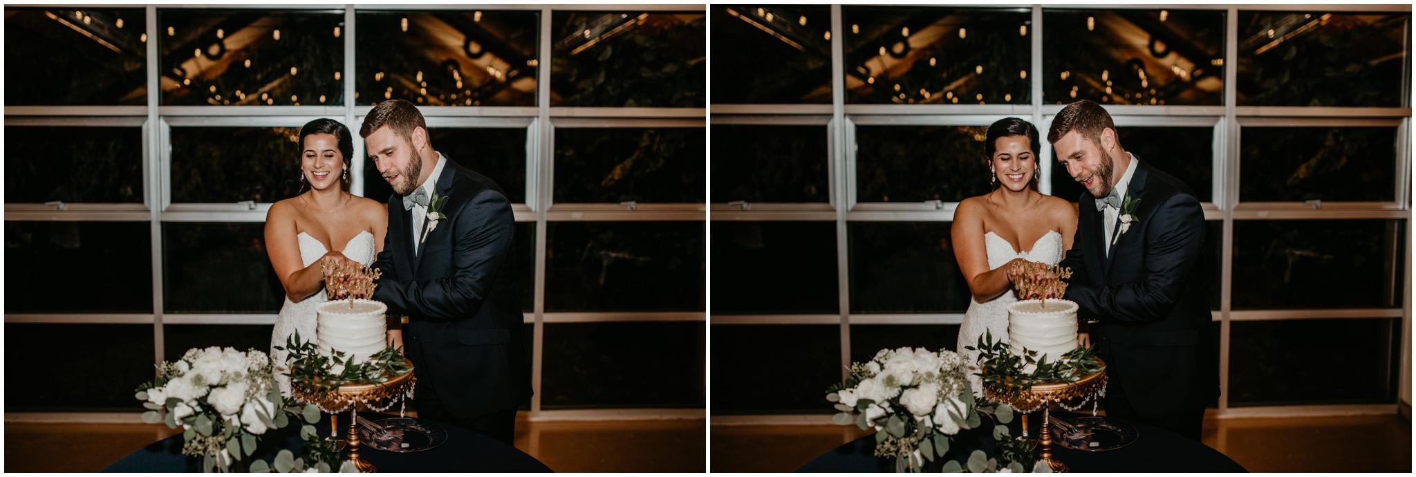 ashley-tj-the-pickering-barn-winter-wedding-seattle-photographer-079.jpg