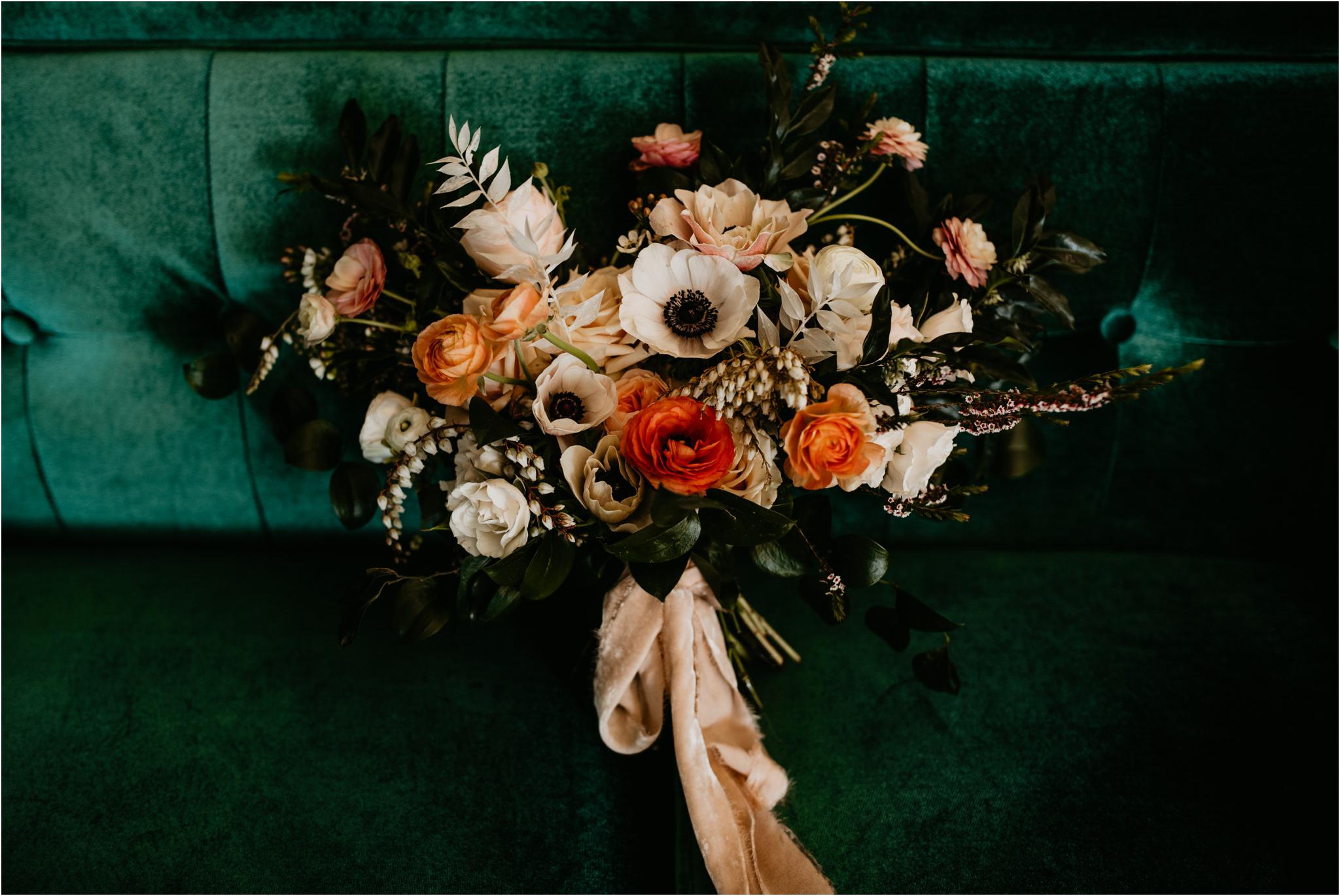 ashley-and-david-fremont-foundry-seattle-washington-wedding-photographer-003.jpg