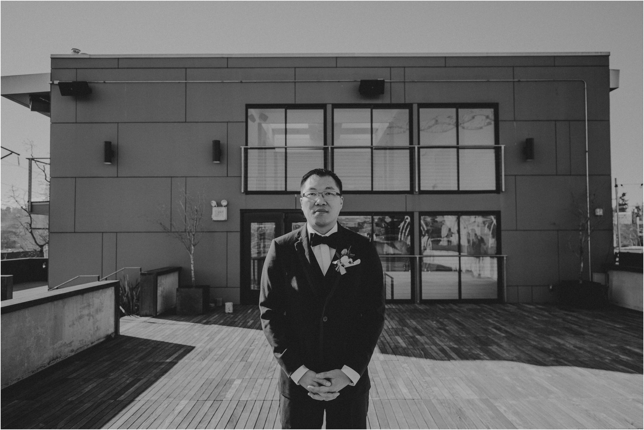 ashley-and-david-fremont-foundry-seattle-washington-wedding-photographer-024.jpg