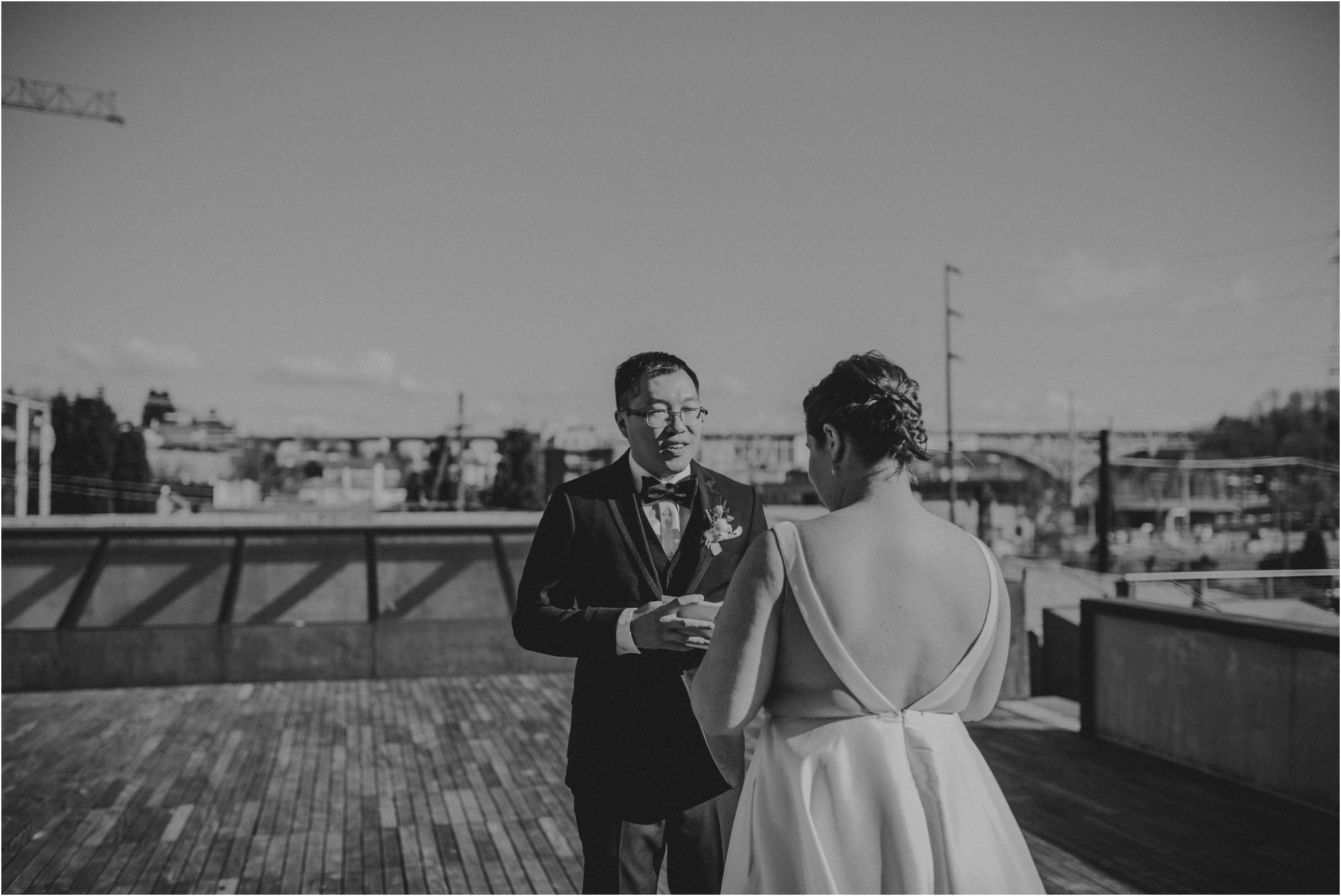 ashley-and-david-fremont-foundry-seattle-washington-wedding-photographer-034.jpg