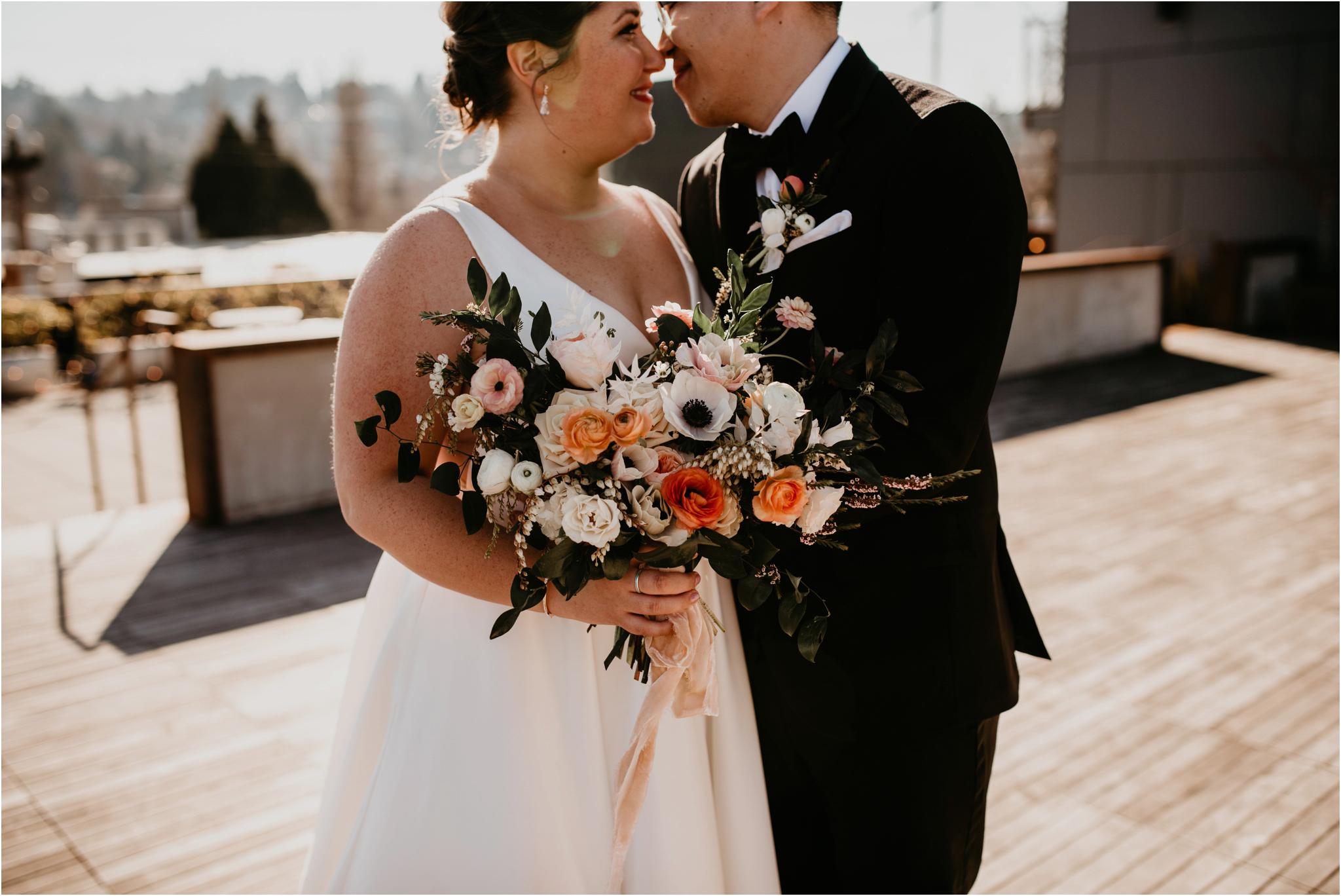 ashley-and-david-fremont-foundry-seattle-washington-wedding-photographer-040.jpg