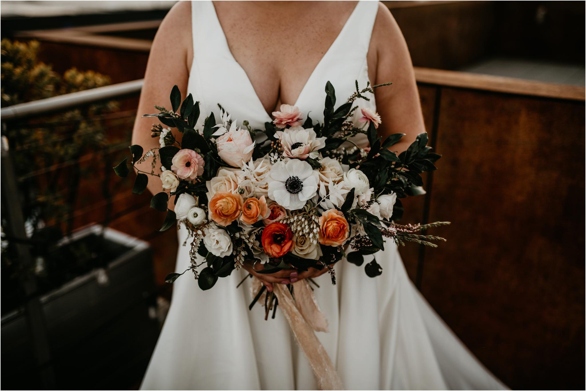 ashley-and-david-fremont-foundry-seattle-washington-wedding-photographer-098.jpg