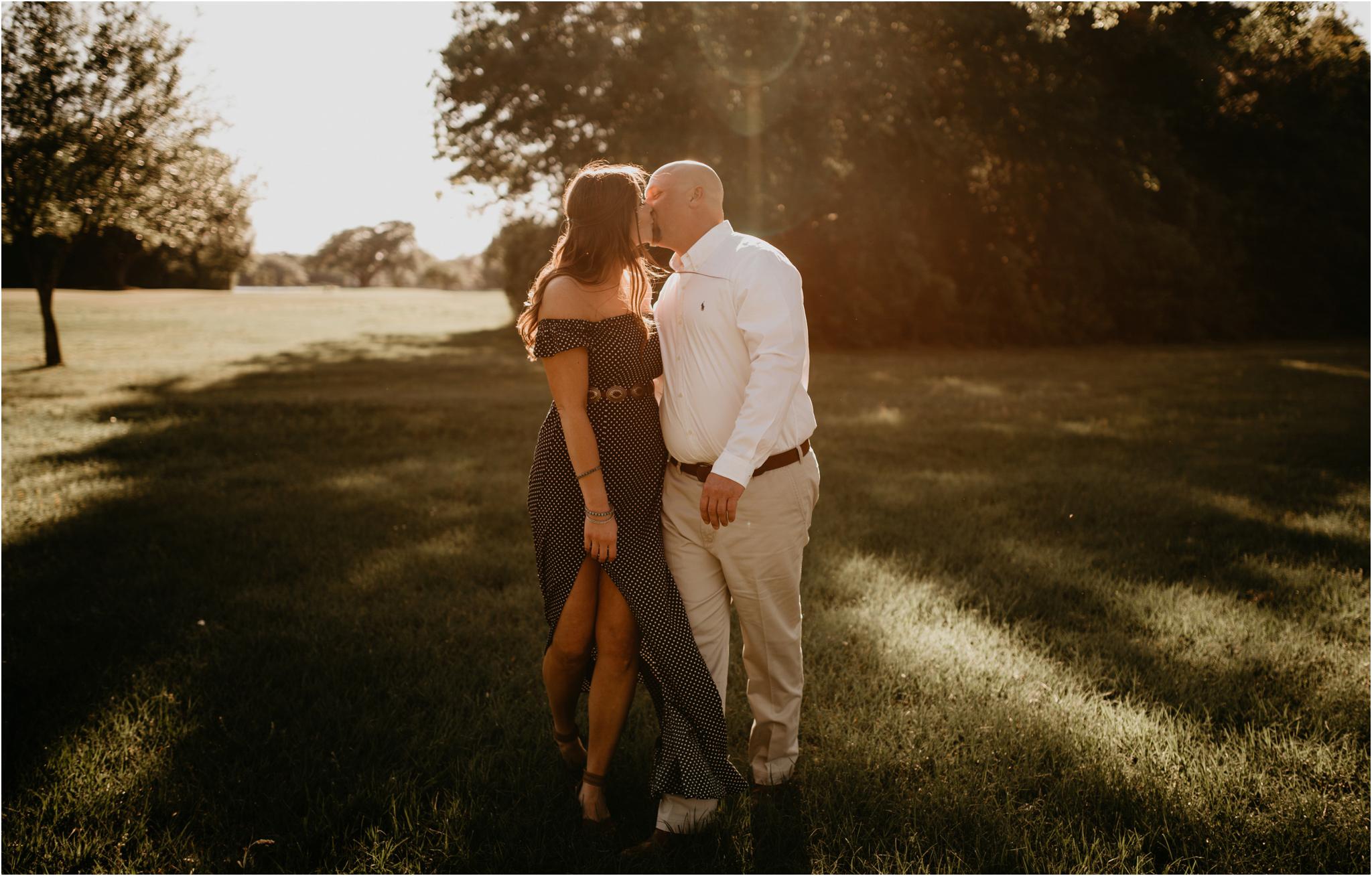 katie-and-eric-houston-oaks-engagement-session-houston-wedding-photographer-005.jpg