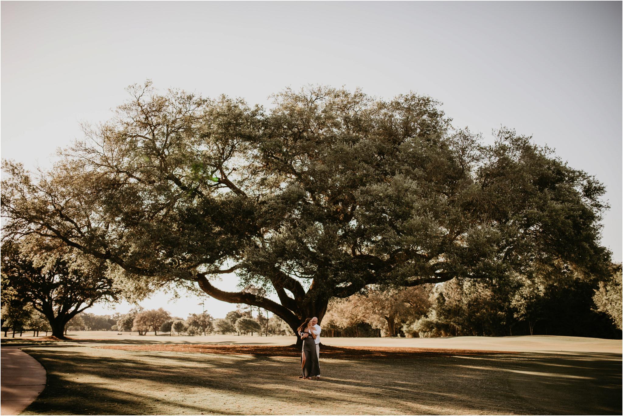 katie-and-eric-houston-oaks-engagement-session-houston-wedding-photographer-012.jpg
