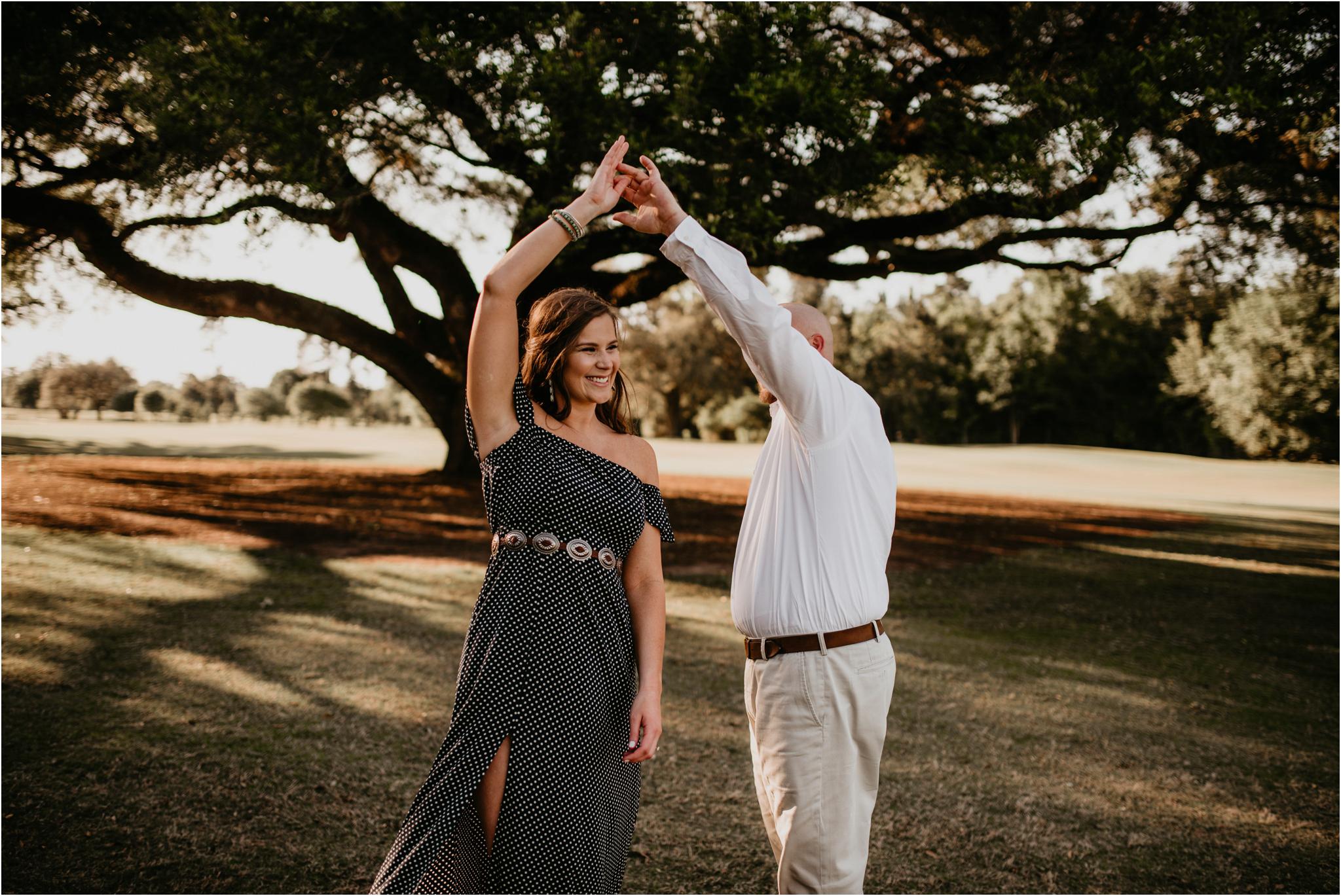 katie-and-eric-houston-oaks-engagement-session-houston-wedding-photographer-015.jpg