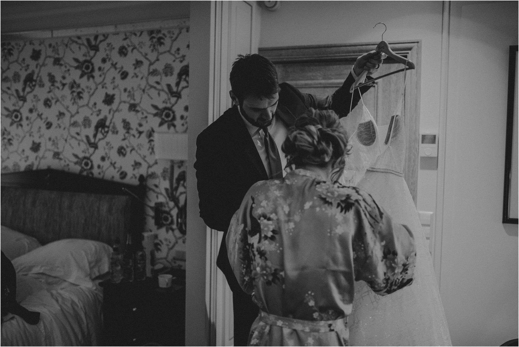 miranda-and-jared-paris-elopement-destination-wedding-photographer-011.jpg
