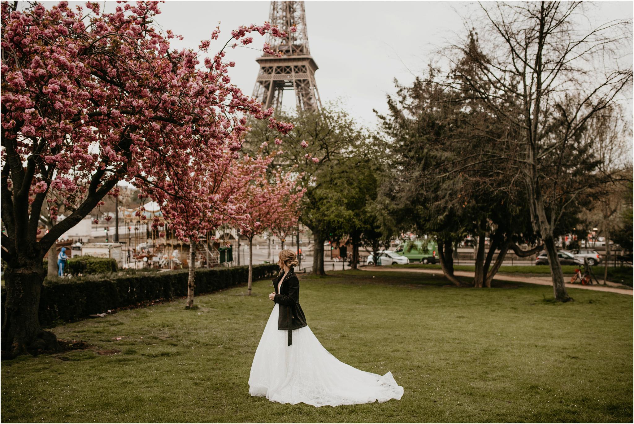 miranda-and-jared-paris-elopement-destination-wedding-photographer-027.jpg