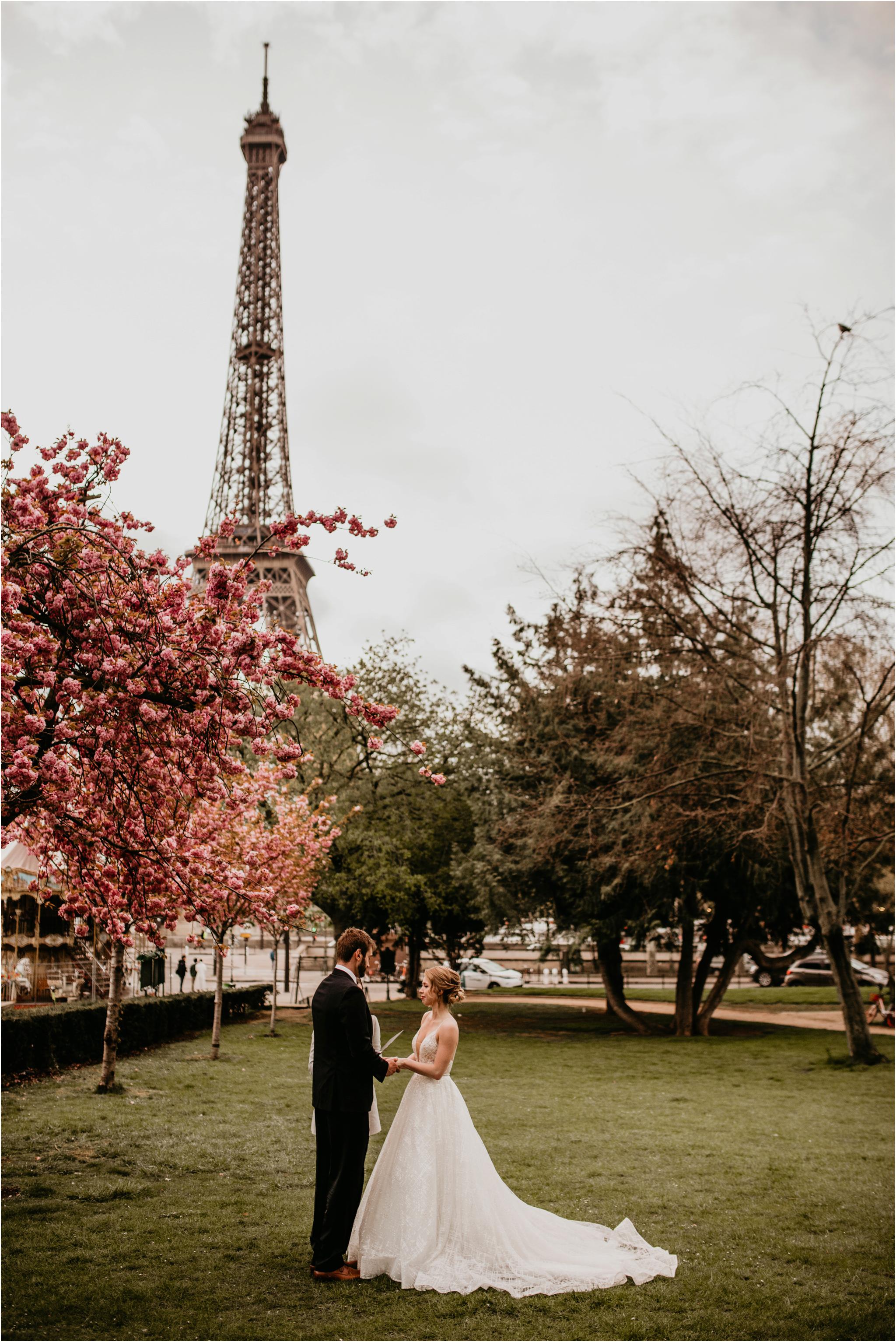 miranda-and-jared-paris-elopement-destination-wedding-photographer-038.jpg