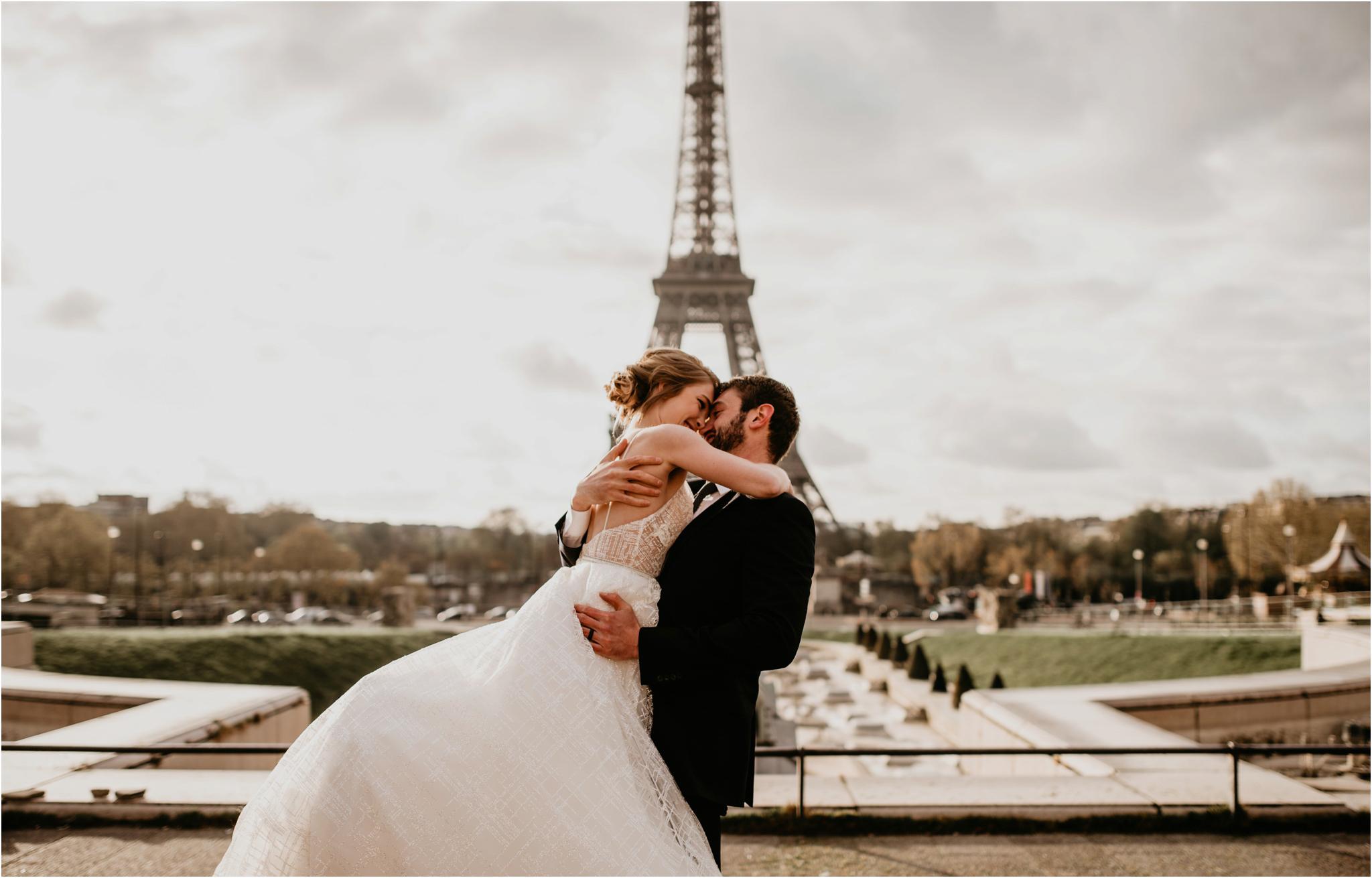 miranda-and-jared-paris-elopement-destination-wedding-photographer-070.jpg