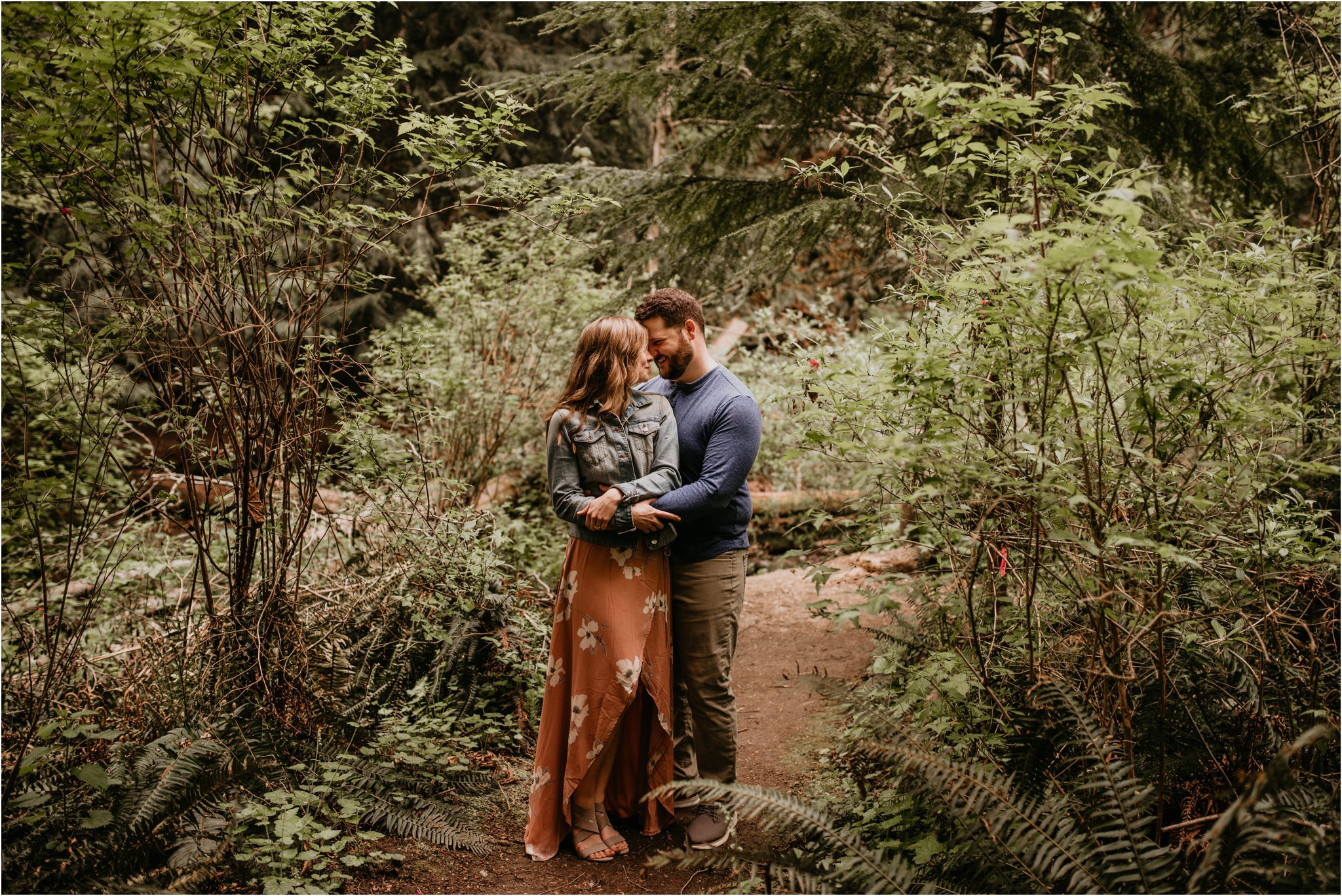 erin-and-eric-carkeek-park-seattle-engagement-session-026.jpg