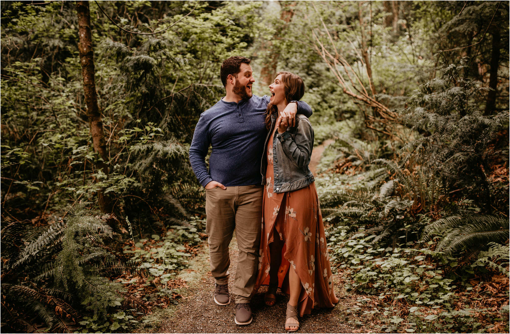 erin-and-eric-carkeek-park-seattle-engagement-session-027.jpg