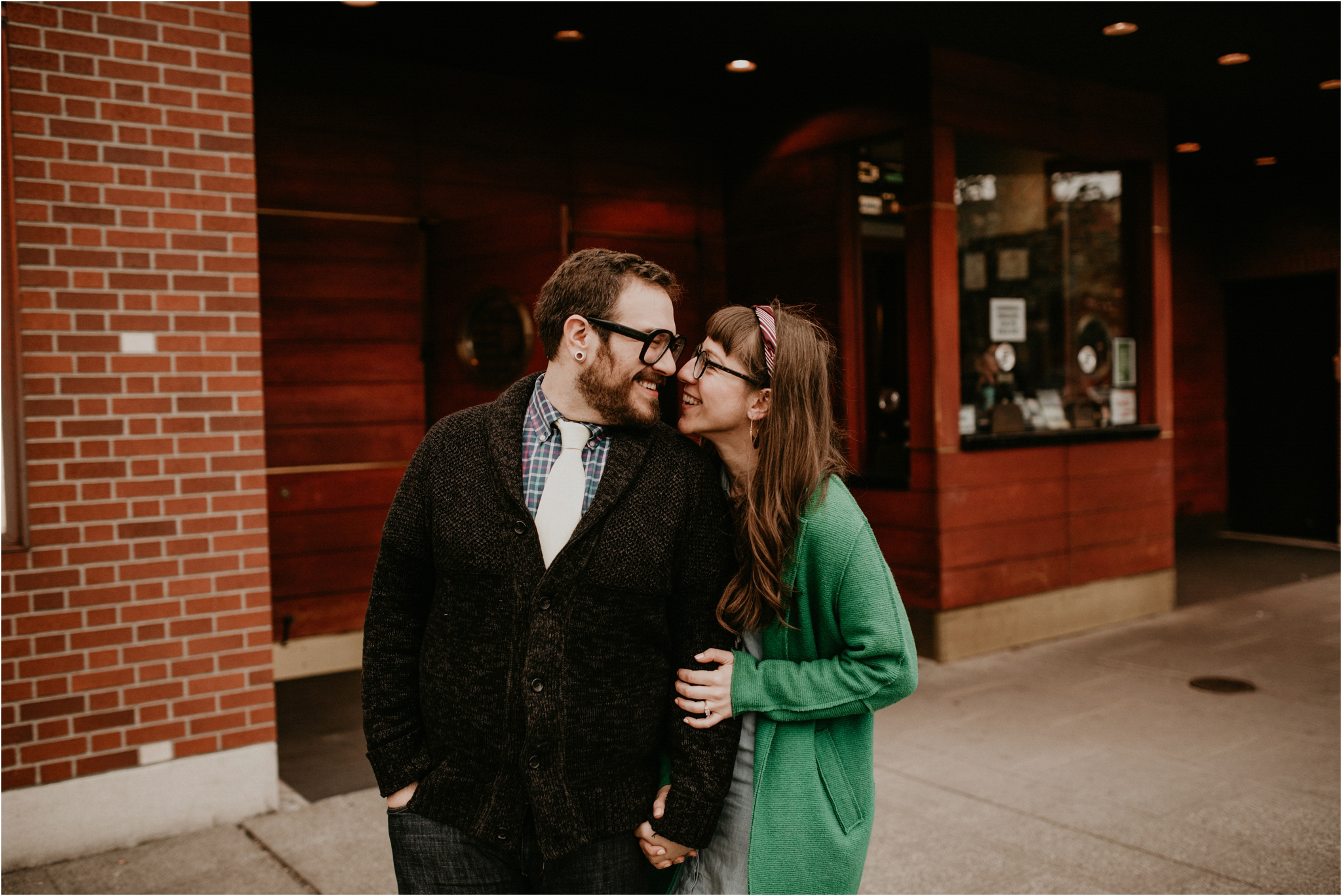 jaimie-and-jake-ballard-seattle-engagement-session-009.jpg