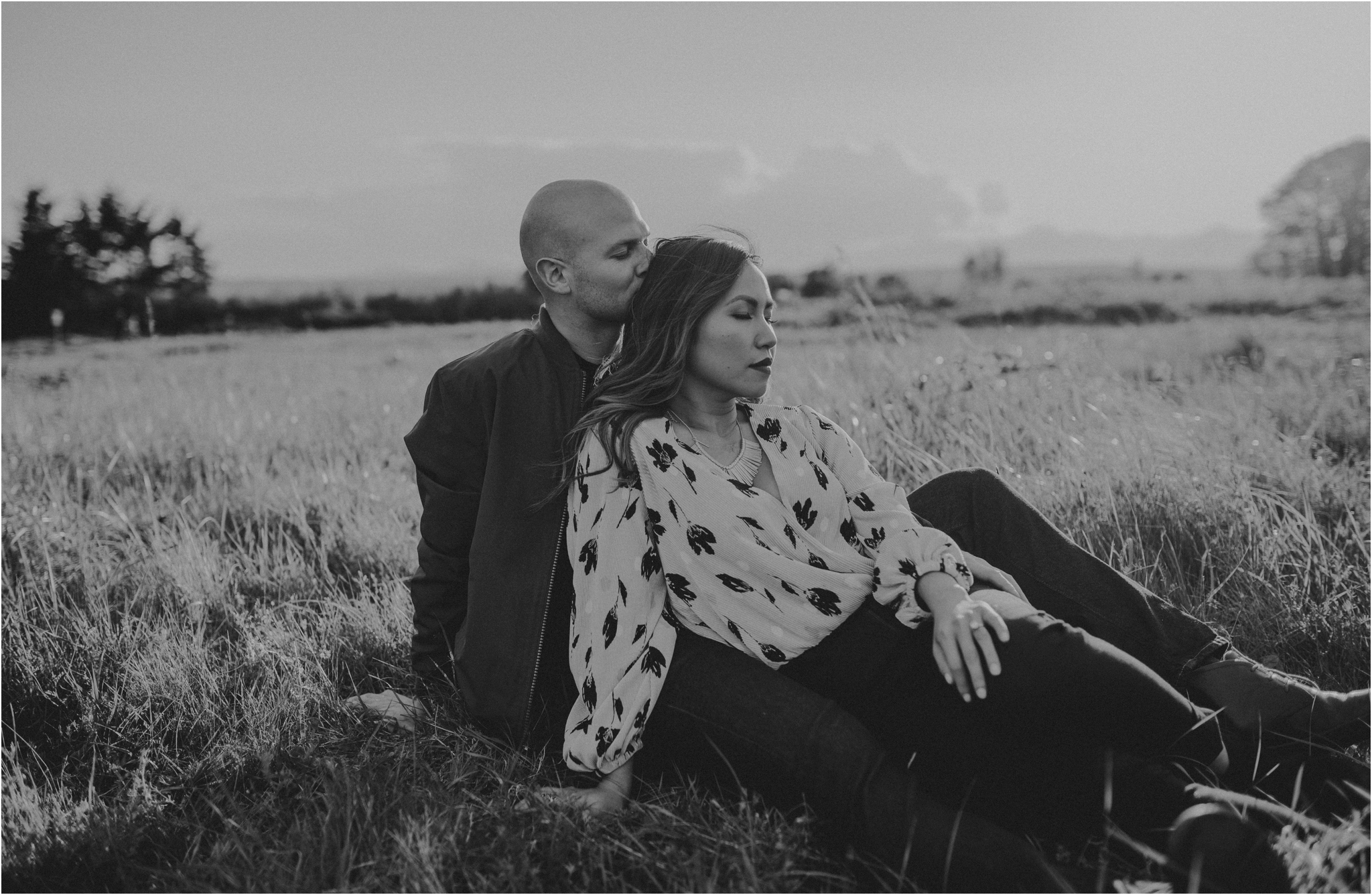 thuy-and-andrew-discovery-park-seattle-beach-engagement-session-016.jpg