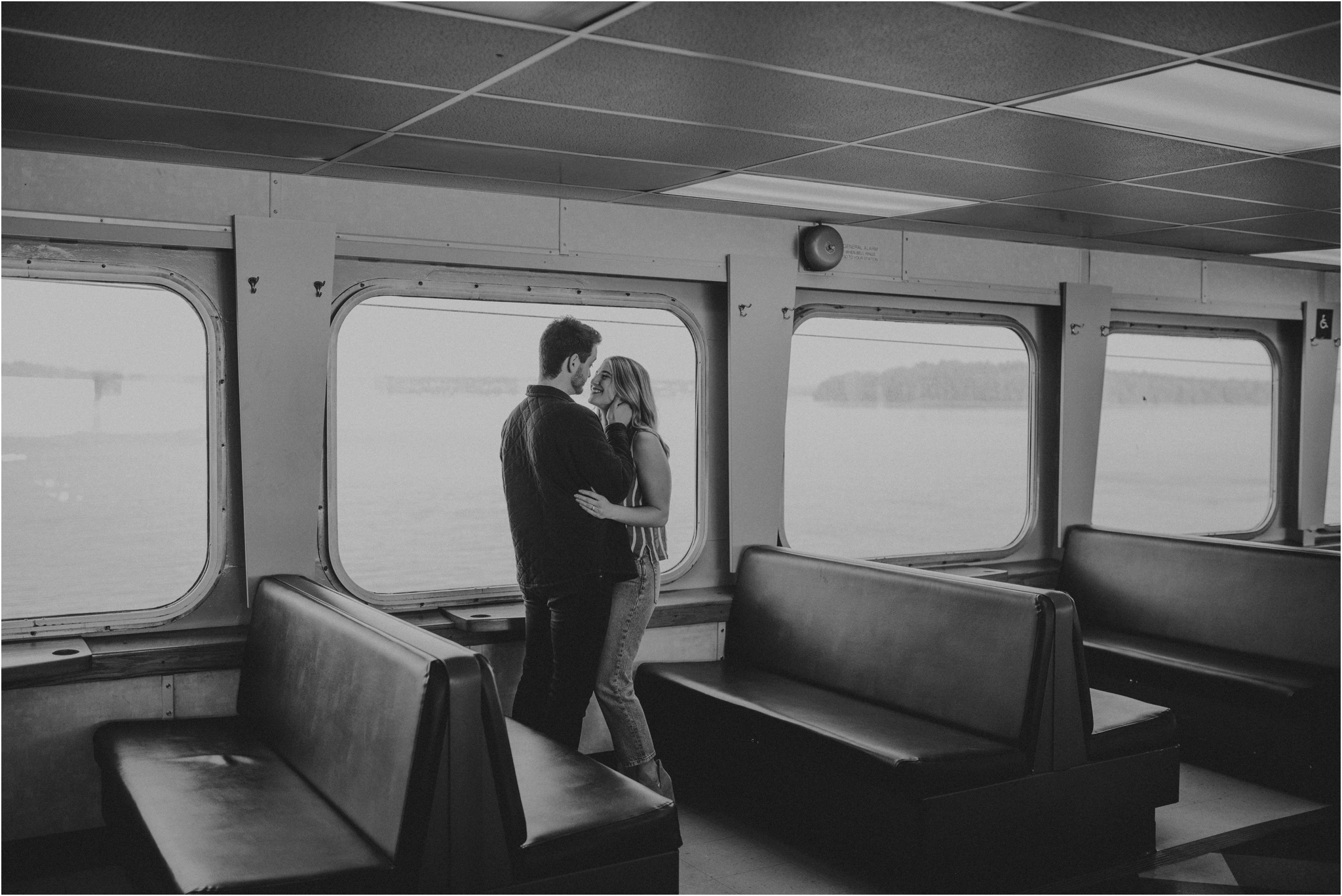 rile-and-ryan-fauntleroy-ferry-vashon-island-seattle-engagement-session-006.jpg