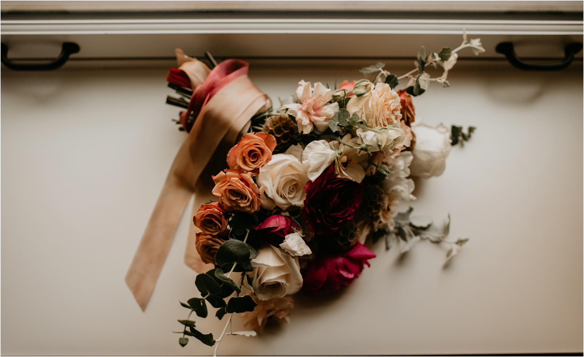 laura-and-matt-metropolist-urban-seattle-wedding-photographer-009.jpg