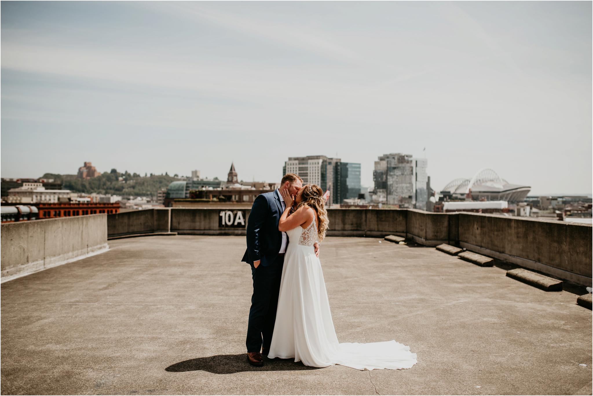 laura-and-matt-metropolist-urban-seattle-wedding-photographer-041.jpg