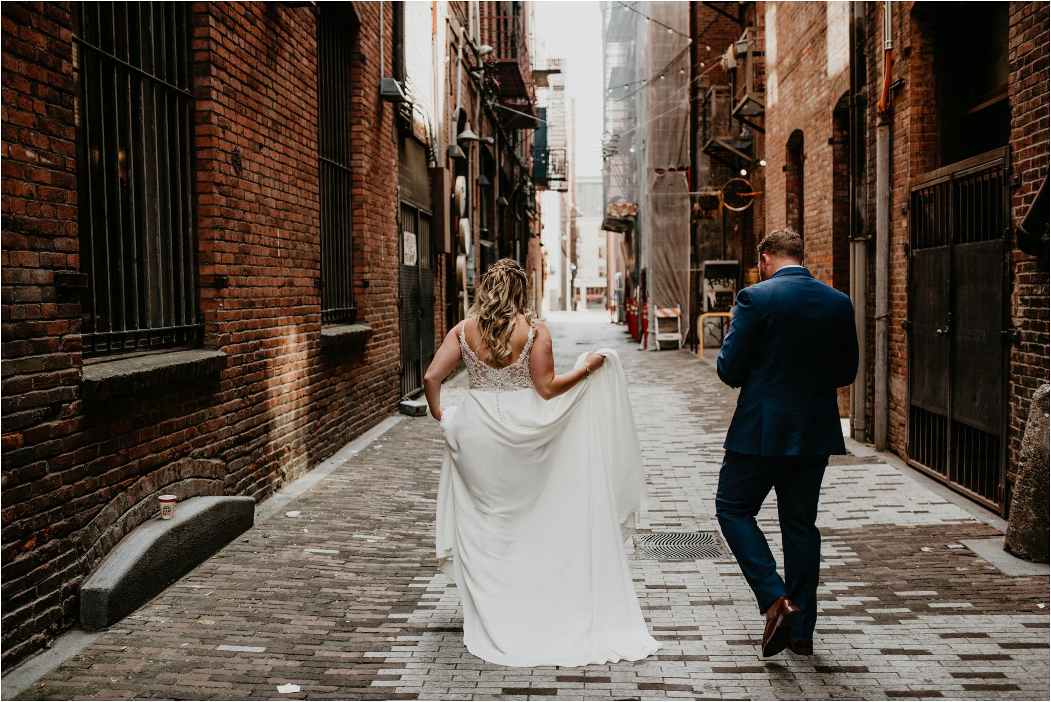 laura-and-matt-metropolist-urban-seattle-wedding-photographer-073.jpg