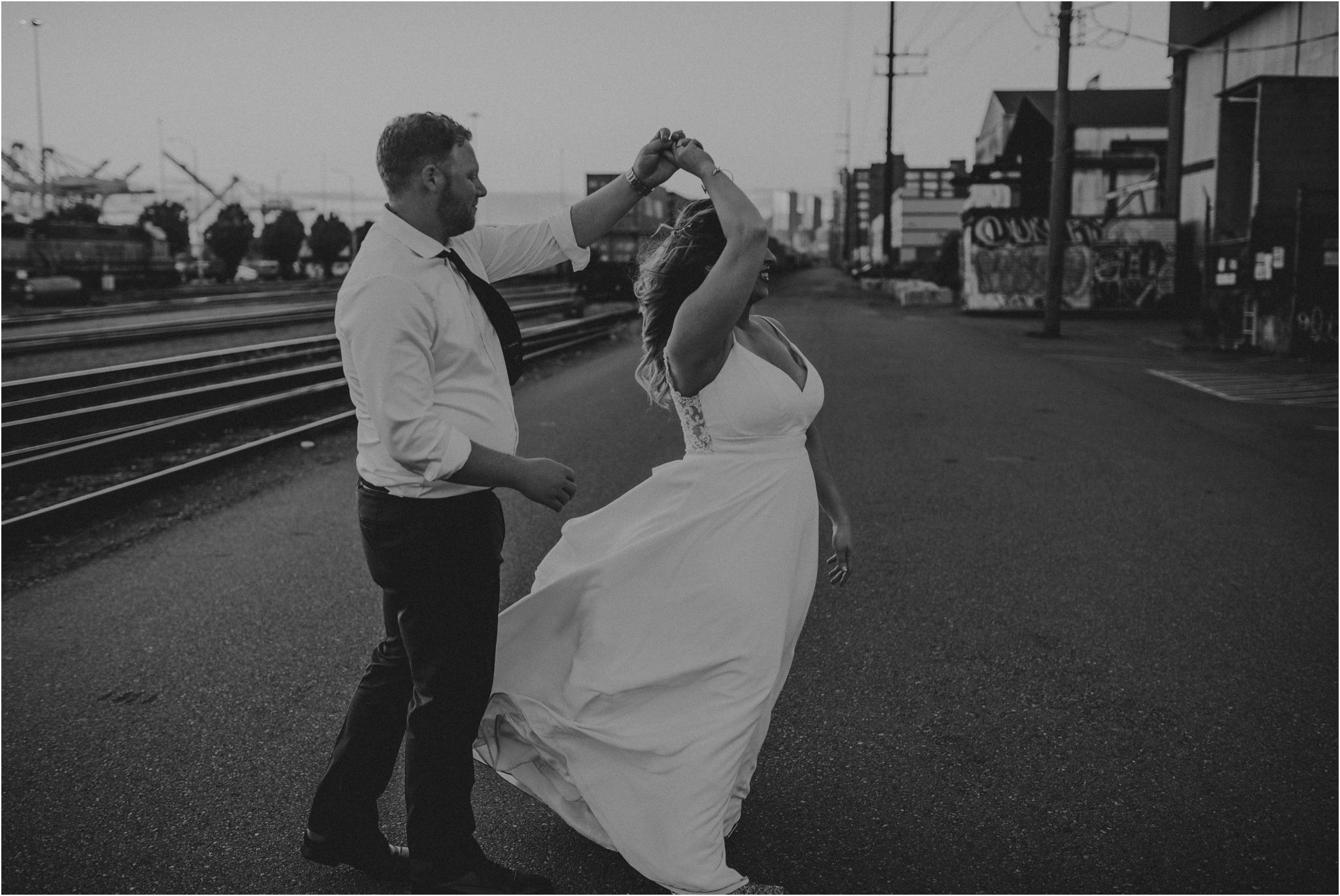 laura-and-matt-metropolist-urban-seattle-wedding-photographer-149.jpg