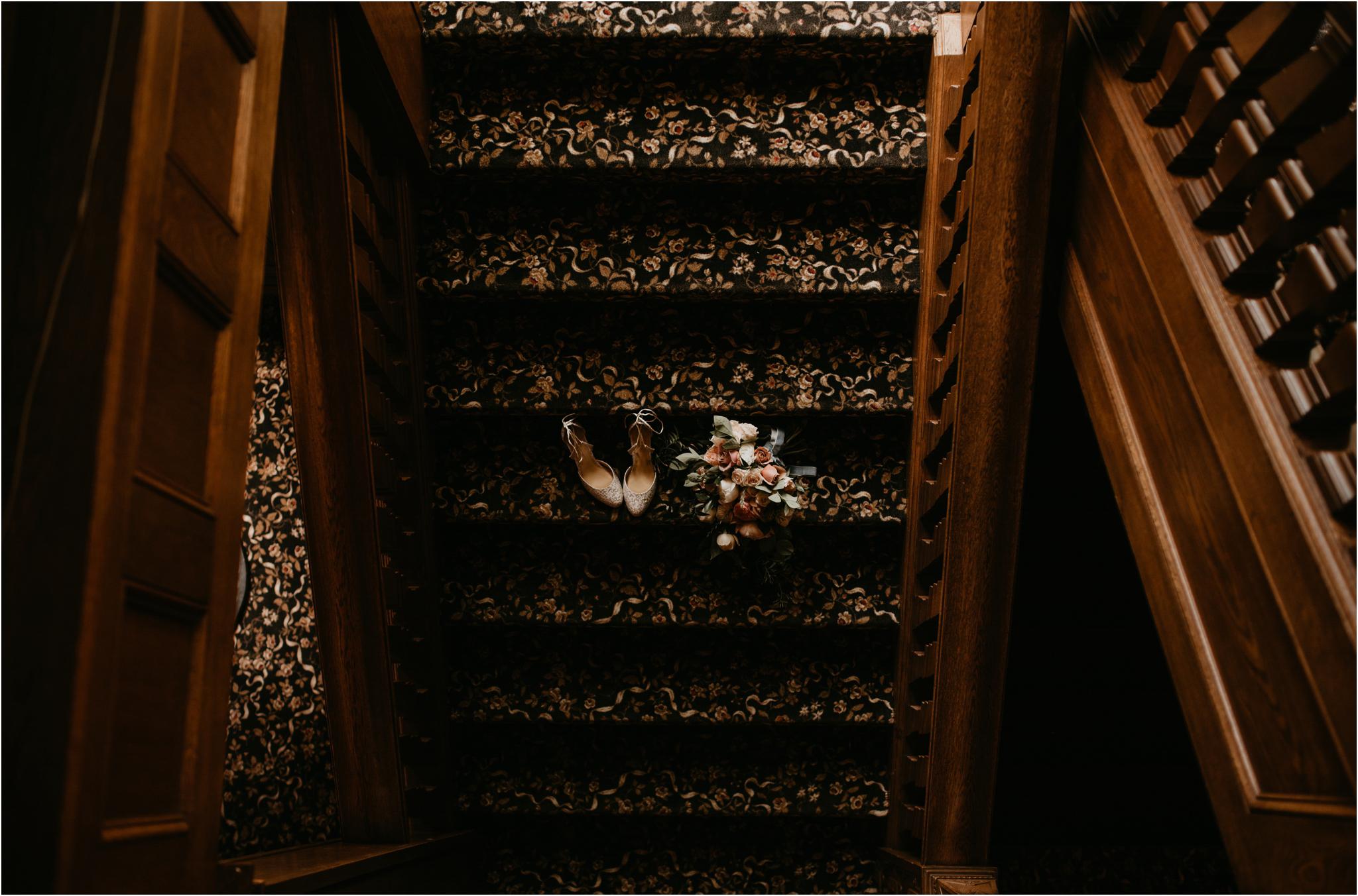 chance-and-ondrea-lairmont-manor-wedding-seattle-photographer-001.jpg