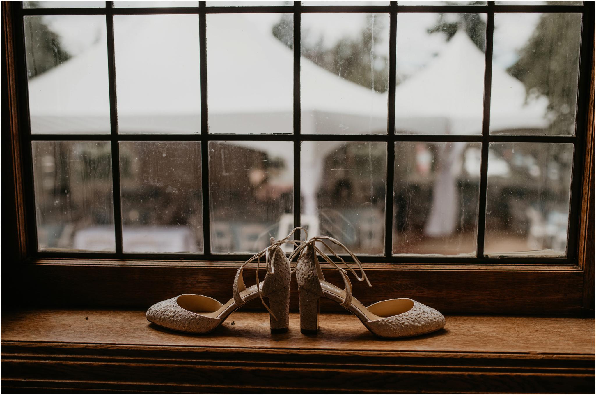 chance-and-ondrea-lairmont-manor-wedding-seattle-photographer-003.jpg