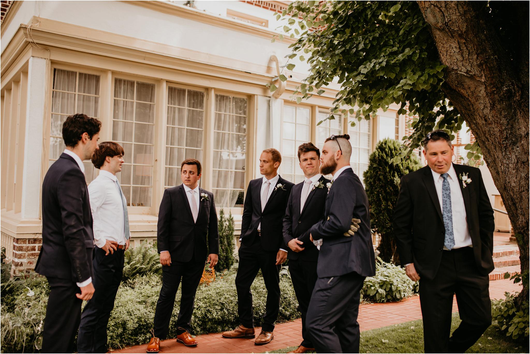 chance-and-ondrea-lairmont-manor-wedding-seattle-photographer-023.jpg