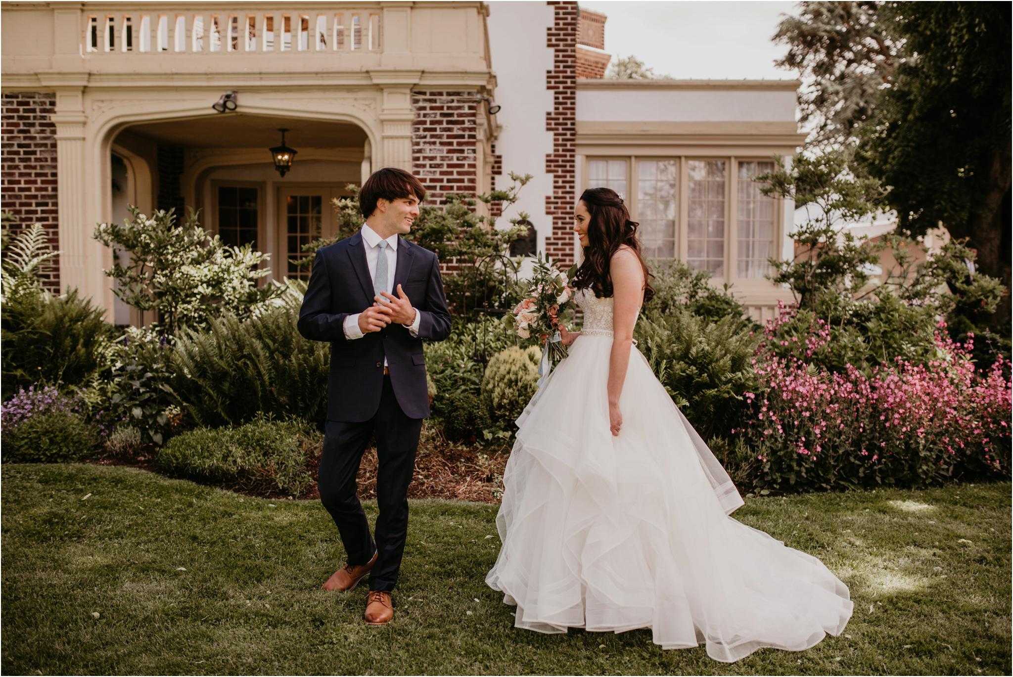 chance-and-ondrea-lairmont-manor-wedding-seattle-photographer-029.jpg