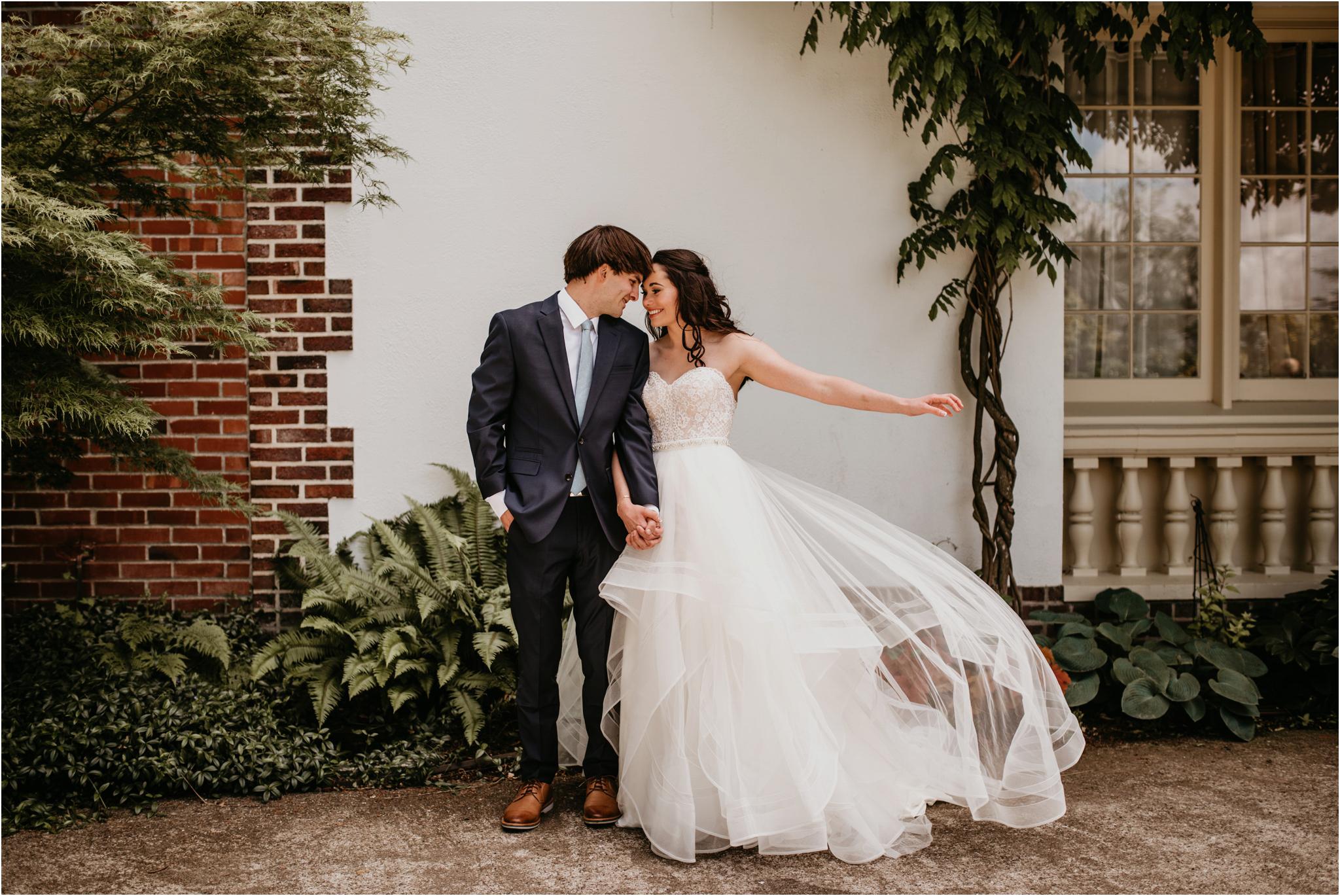 chance-and-ondrea-lairmont-manor-wedding-seattle-photographer-043.jpg