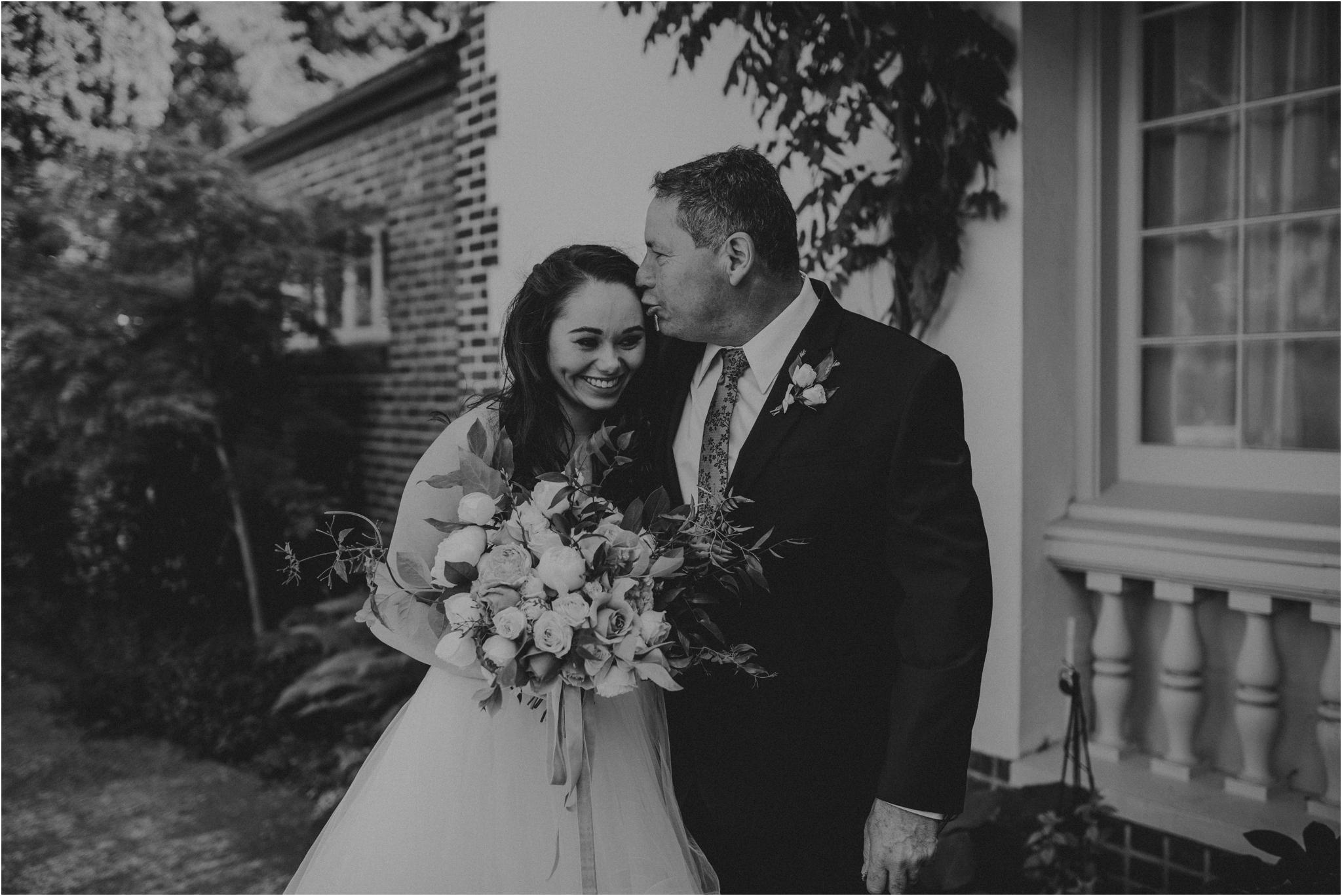 chance-and-ondrea-lairmont-manor-wedding-seattle-photographer-048.jpg