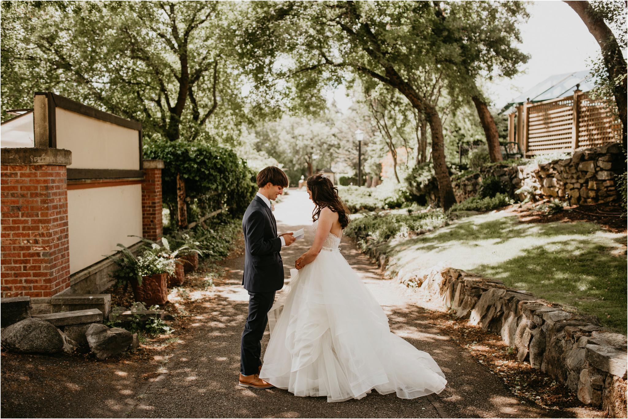 chance-and-ondrea-lairmont-manor-wedding-seattle-photographer-051.jpg