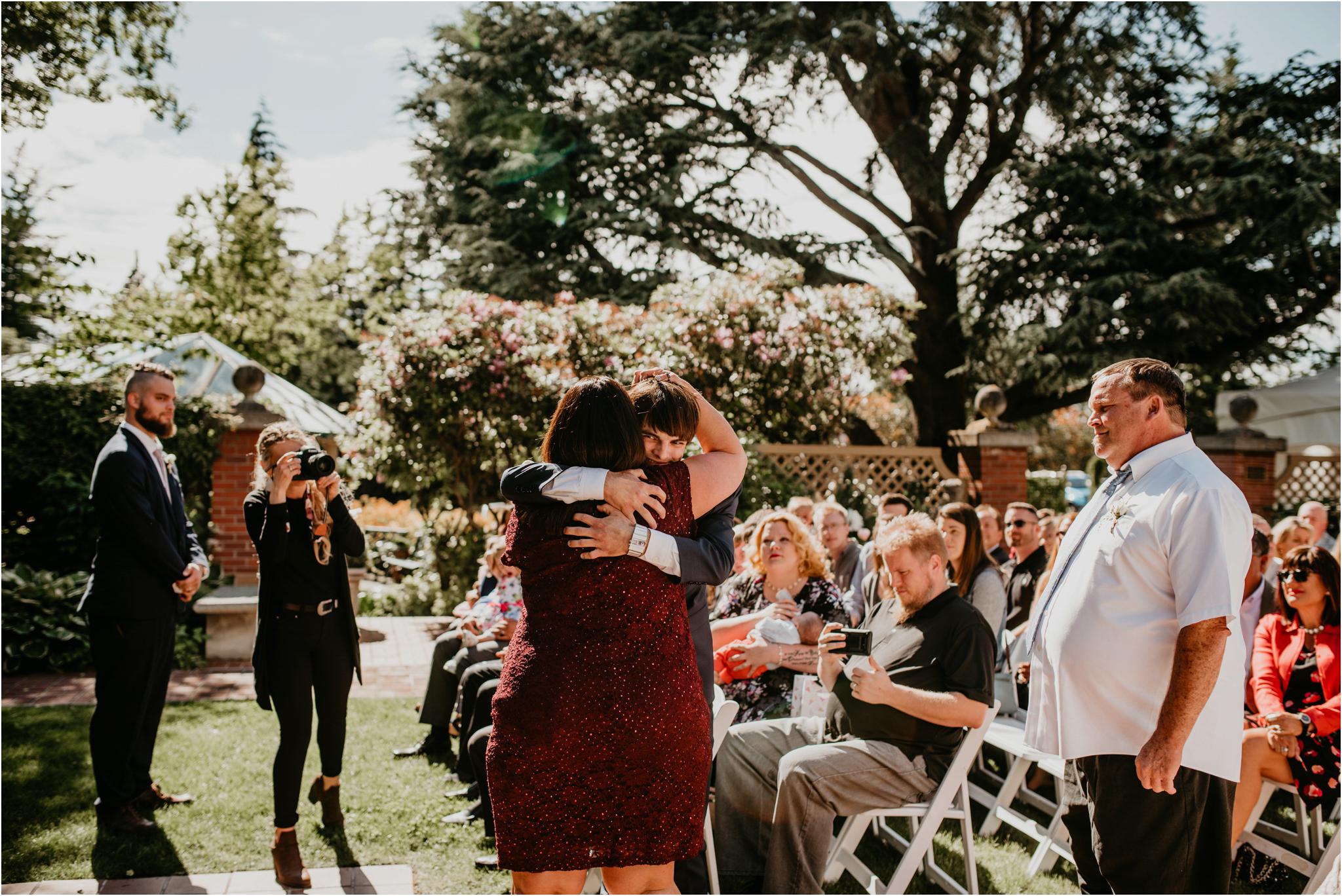 chance-and-ondrea-lairmont-manor-wedding-seattle-photographer-075.jpg