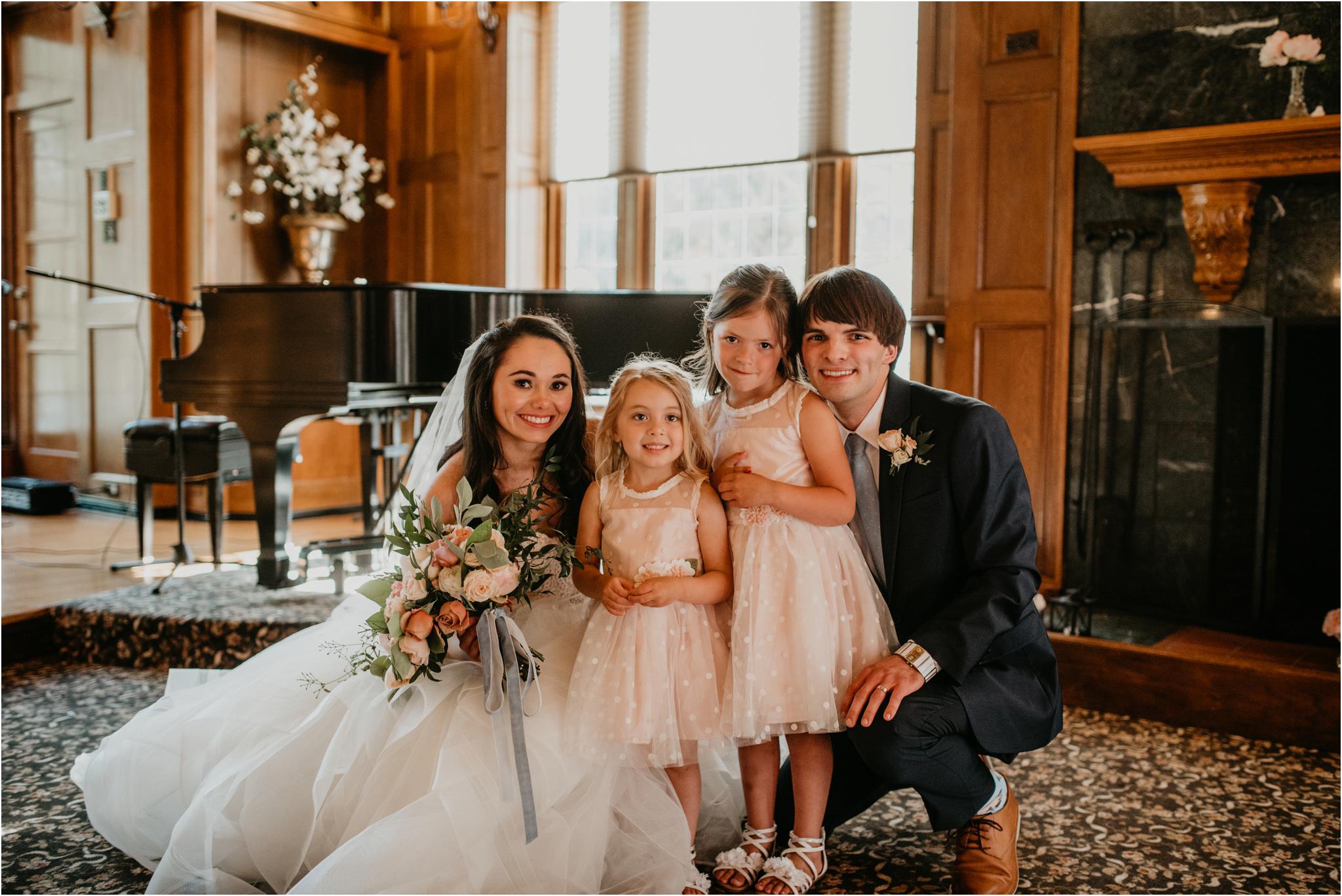 chance-and-ondrea-lairmont-manor-wedding-seattle-photographer-090.jpg