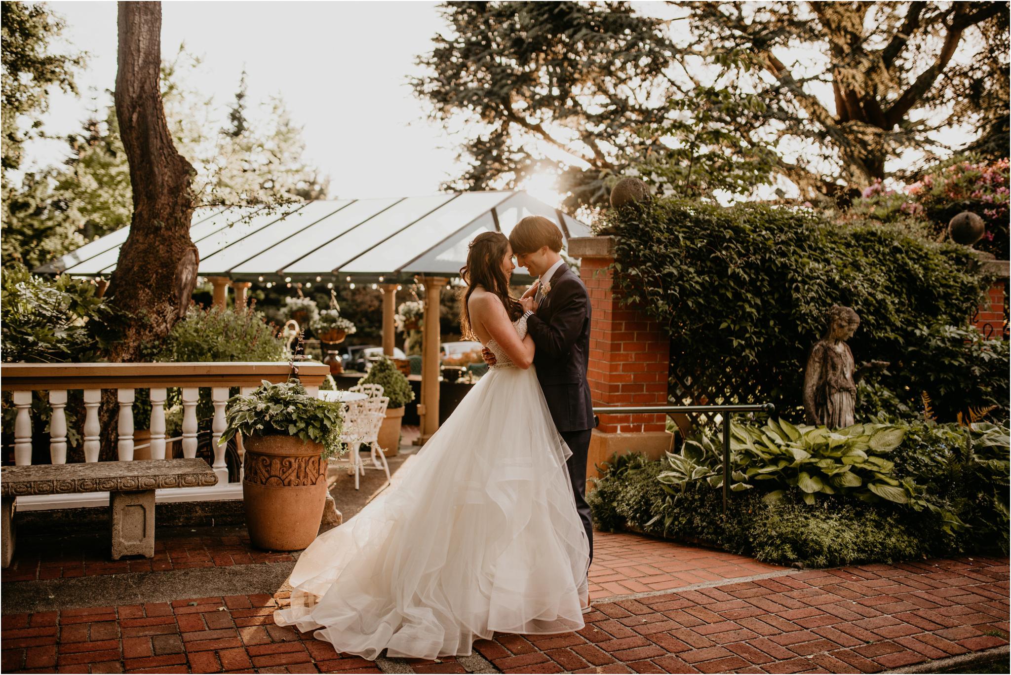 chance-and-ondrea-lairmont-manor-wedding-seattle-photographer-116.jpg