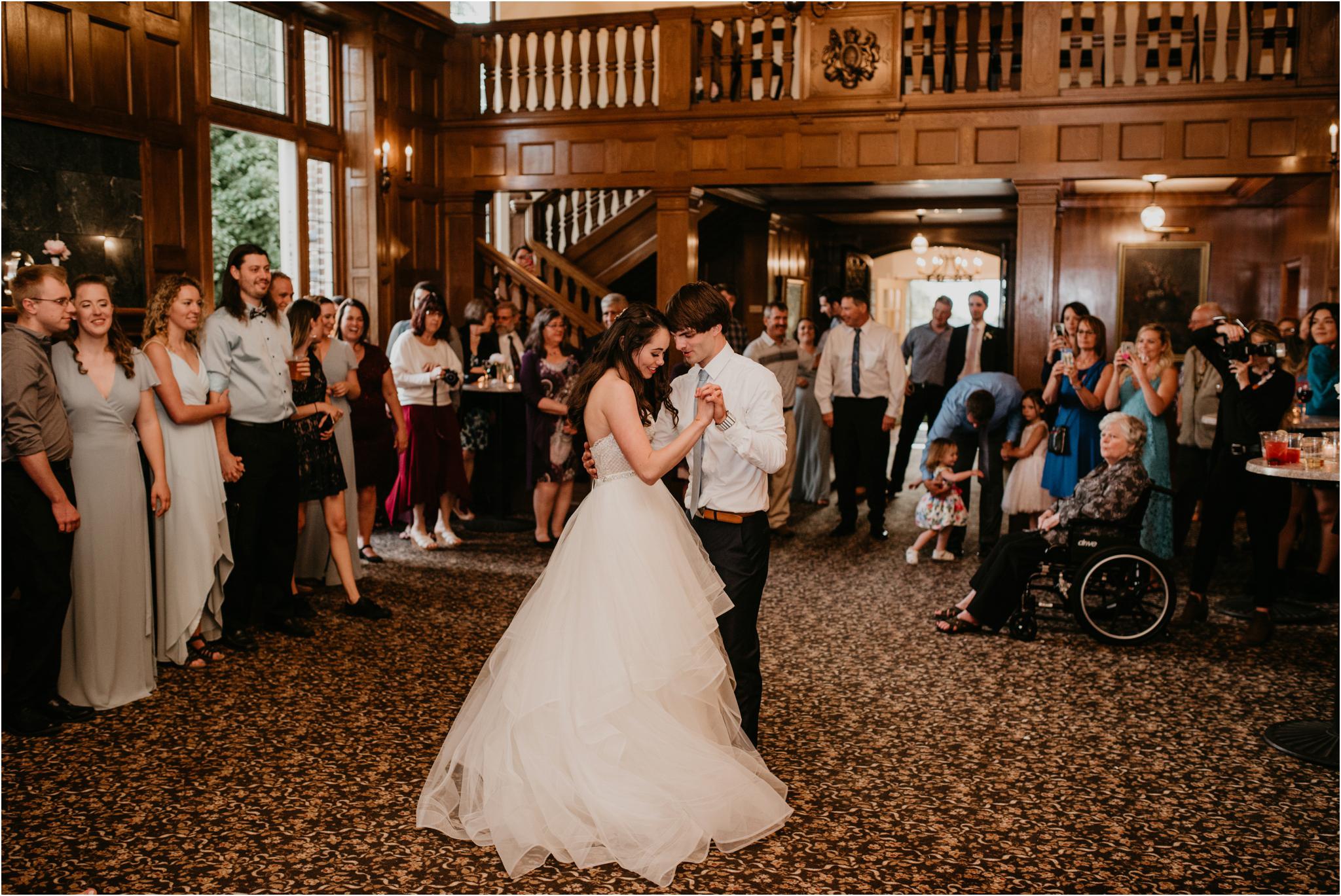 chance-and-ondrea-lairmont-manor-wedding-seattle-photographer-127.jpg