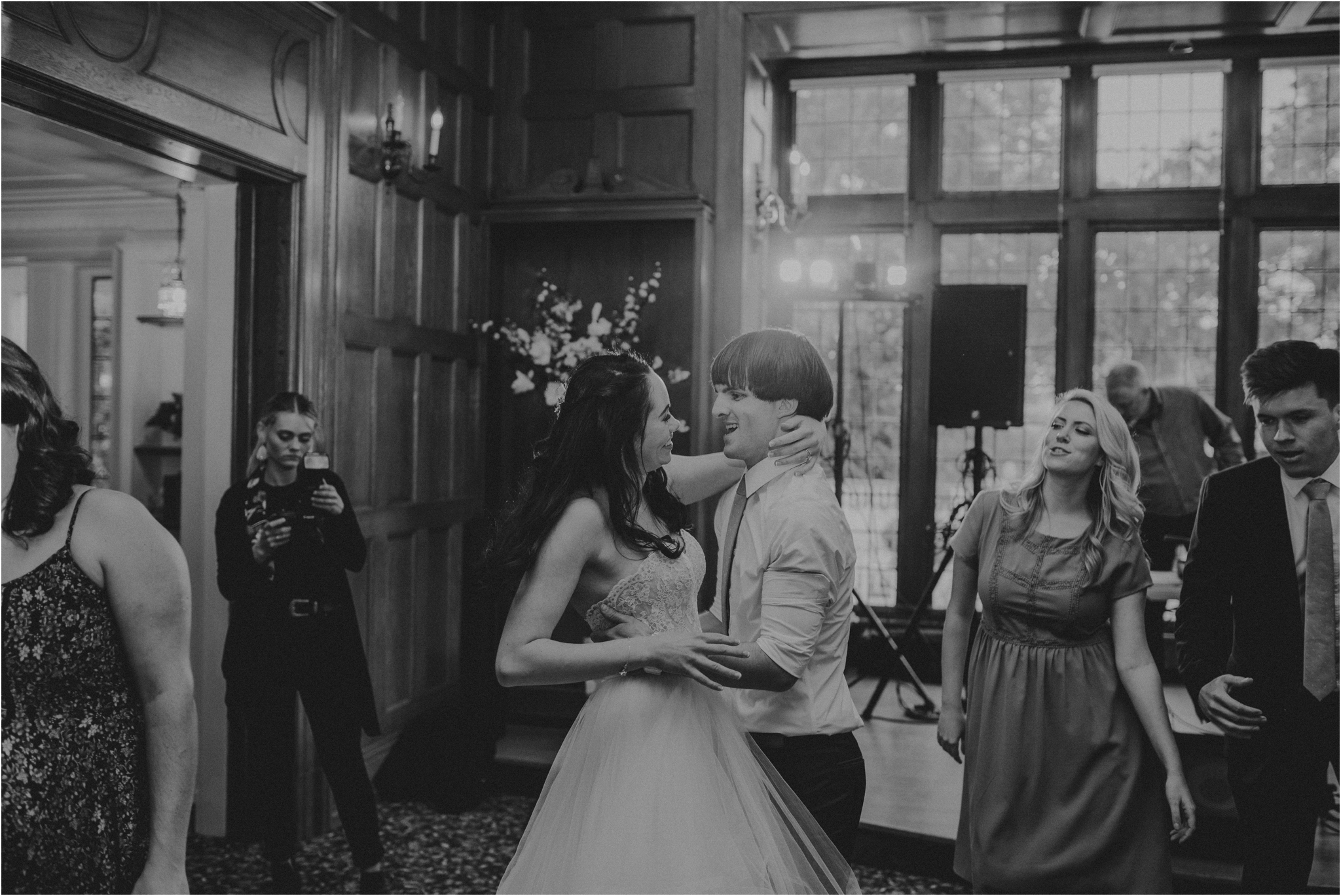 chance-and-ondrea-lairmont-manor-wedding-seattle-photographer-138.jpg