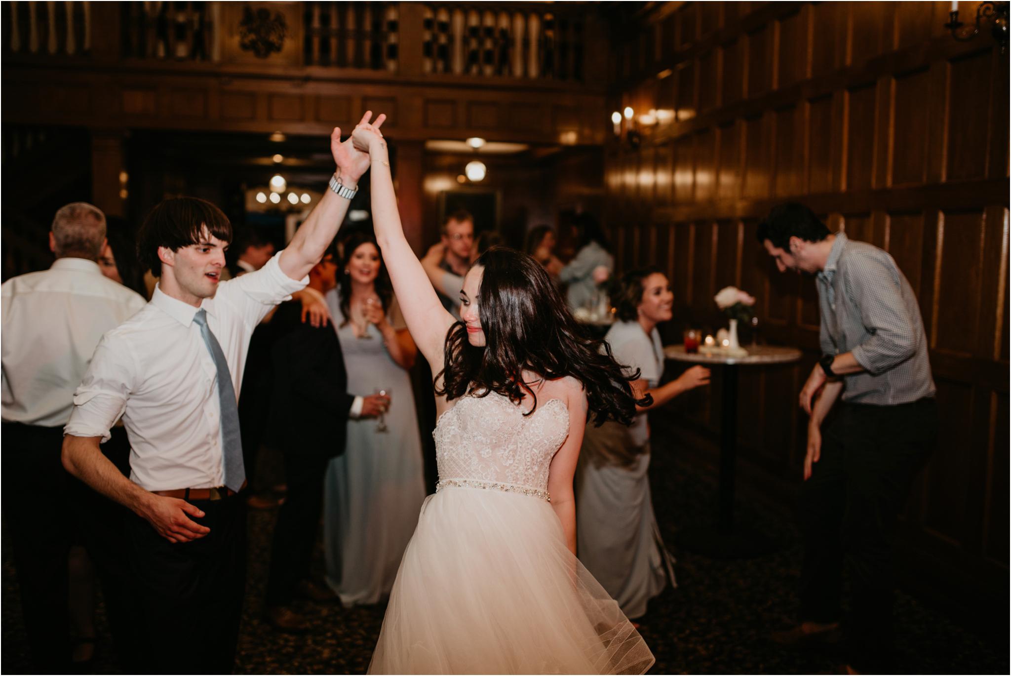chance-and-ondrea-lairmont-manor-wedding-seattle-photographer-149.jpg