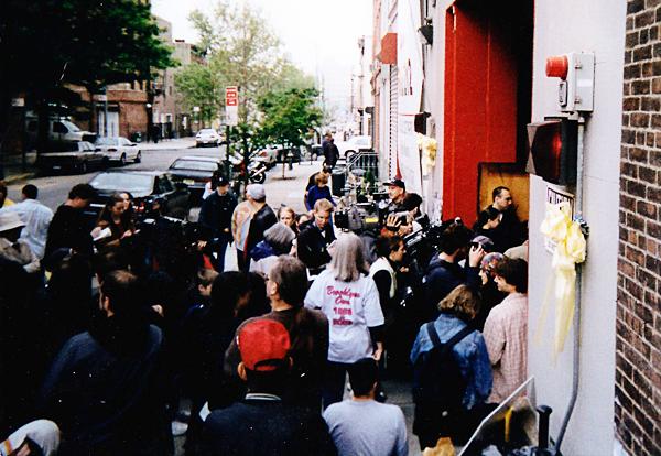 212-2003-grouppress.png